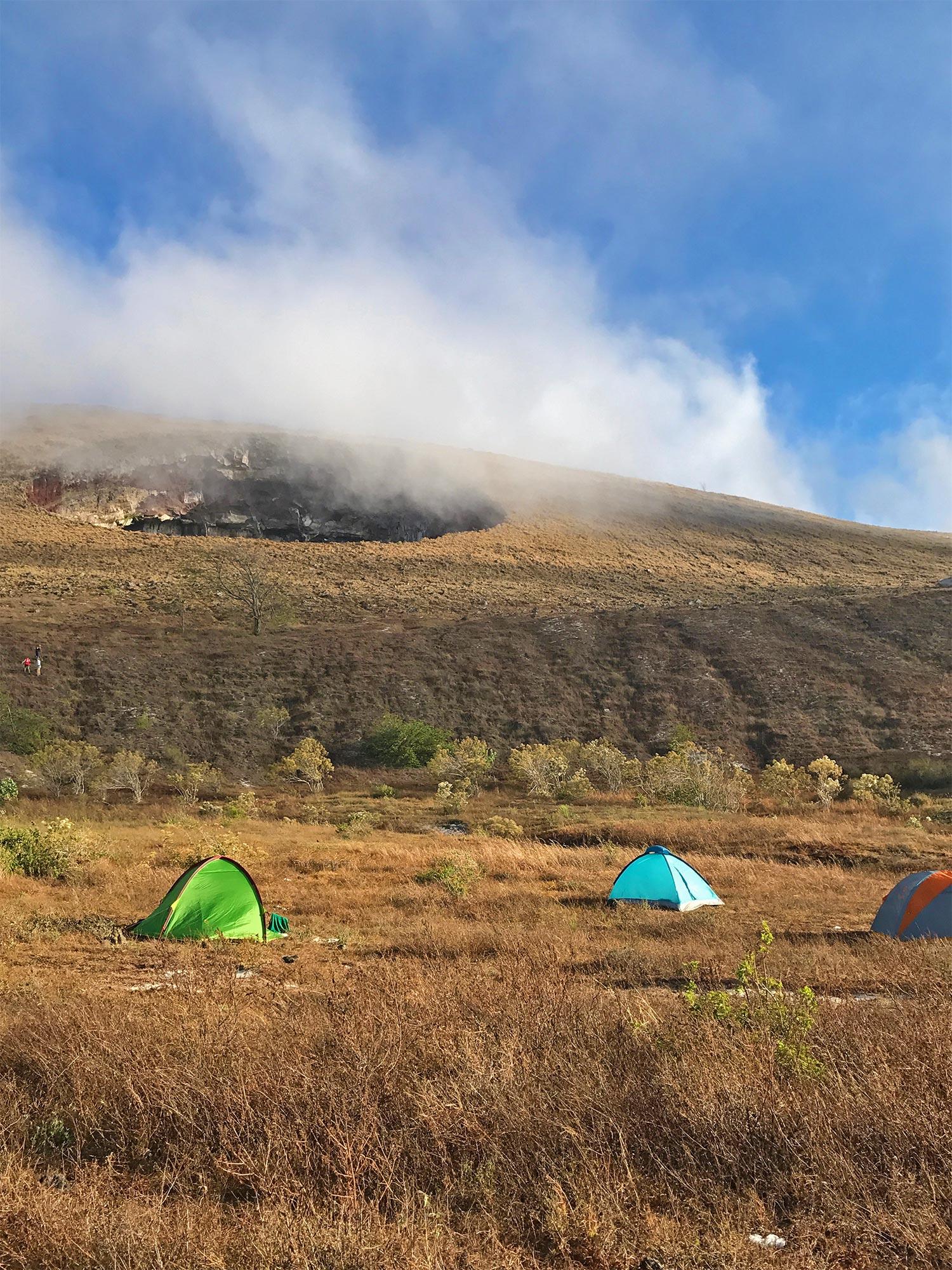 El Hoyo volcano crater | Best Volcano Hikes in Nicaragua