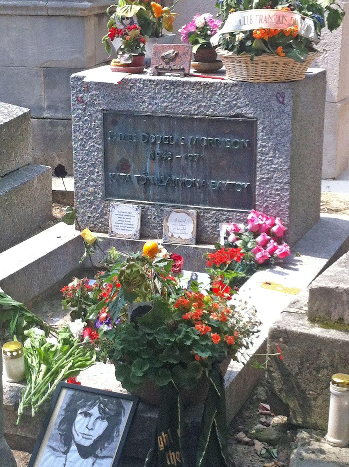 paris pere lachaise cemetery jim morrison tombstone   Paris Neighborhoods Explained
