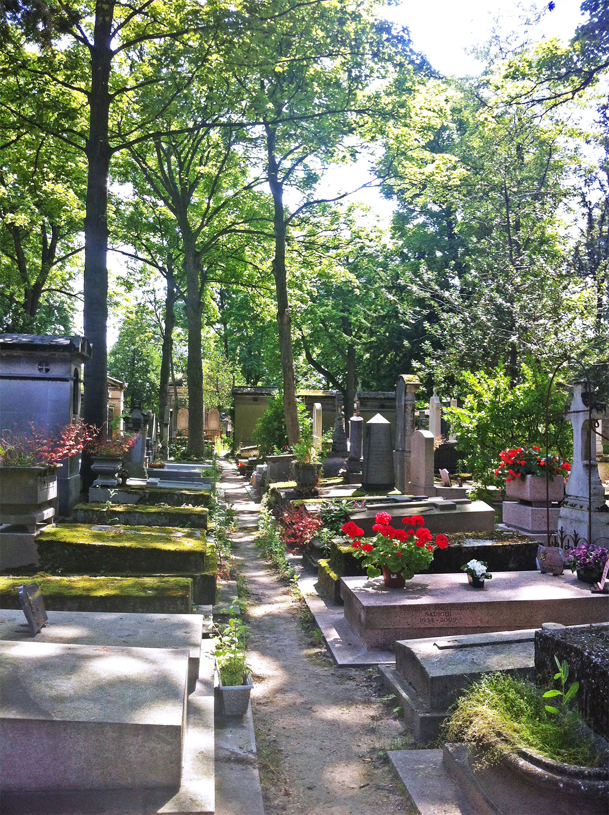 Paris pere lachaise cemetery   Paris Neighborhoods Explained