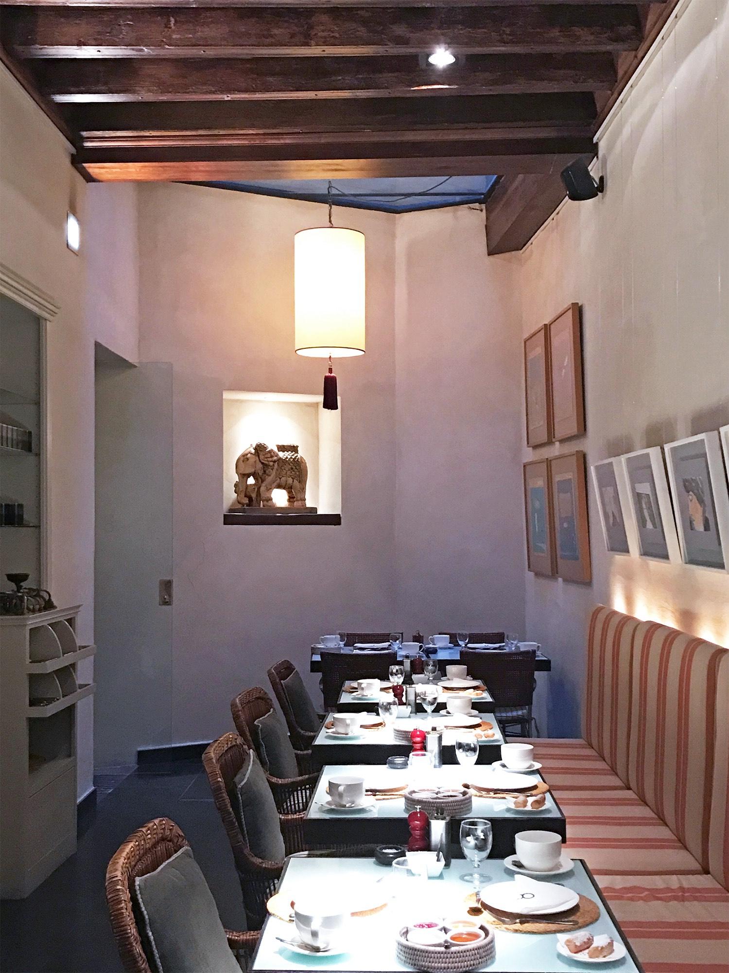 Corral del Rey hotel Seville Spain restaurant.jpg