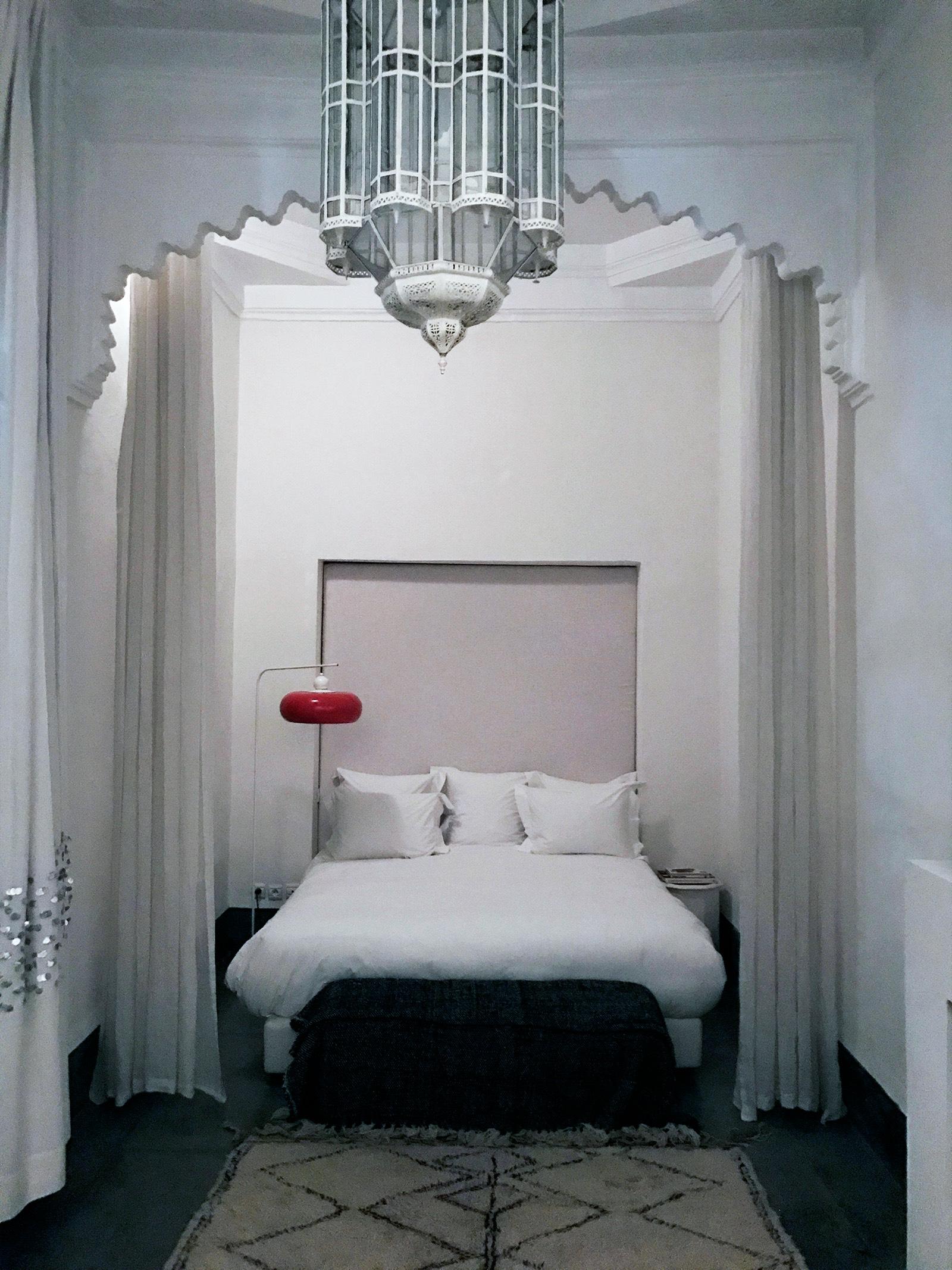 Marrakesh-Riad-Be-Mena-guest-room-bed.jpg