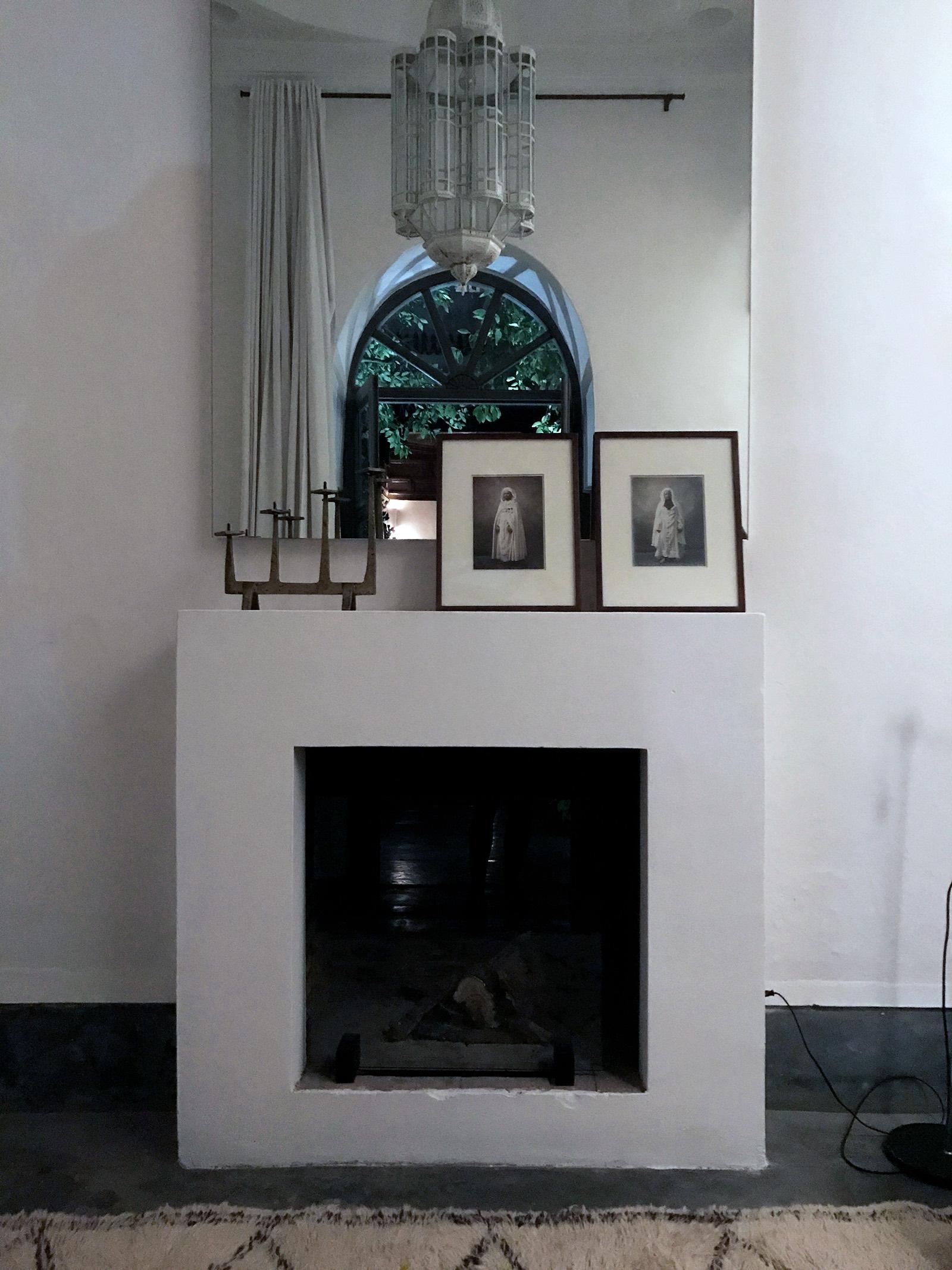 Marrakesh-Riad-Be-Mena-guest-room-fireplace.jpg