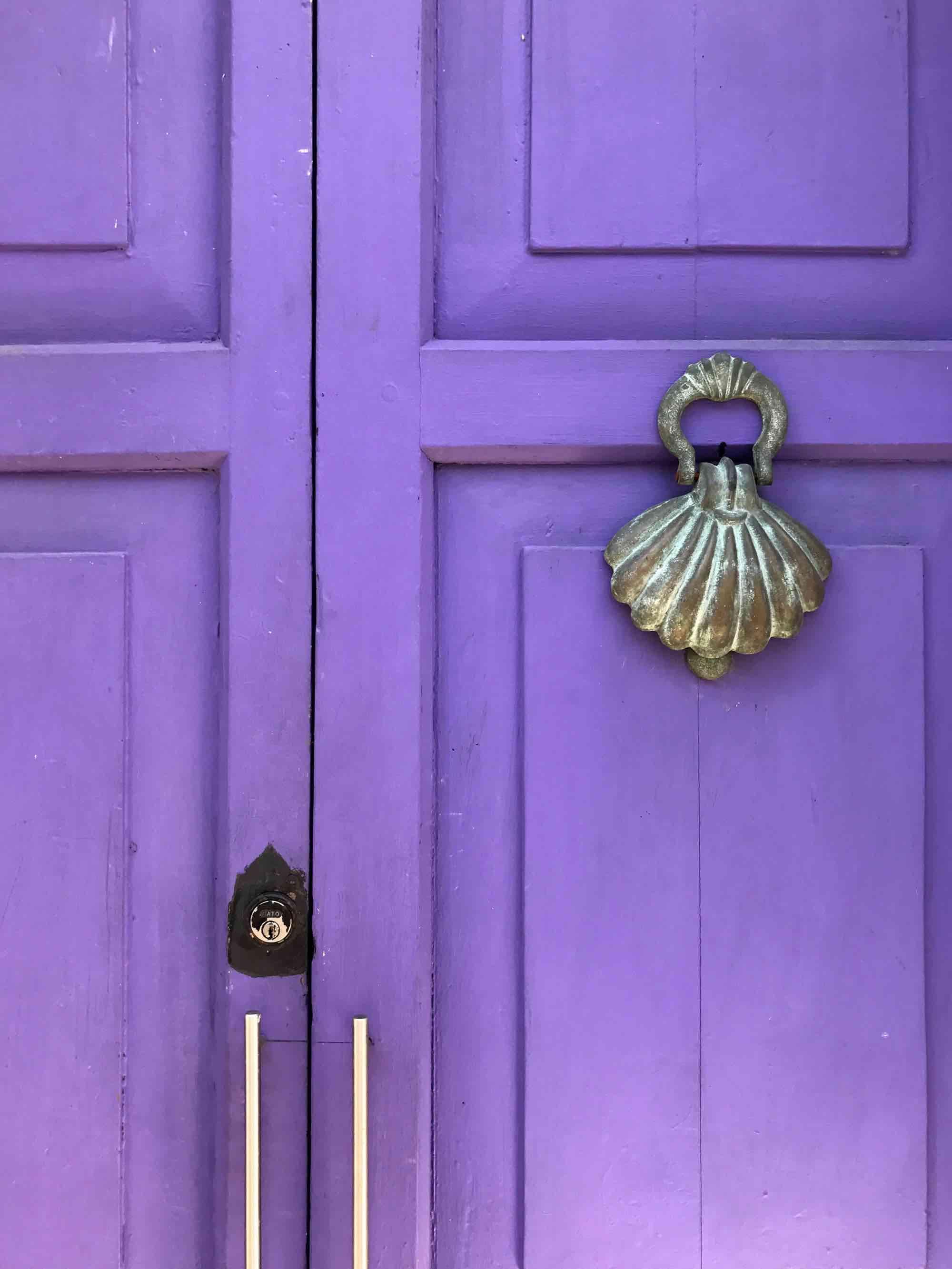seashell door knocker | Doors and Door Knockers of Cartagena, Colombia | pictures of Cartagena, Colombia
