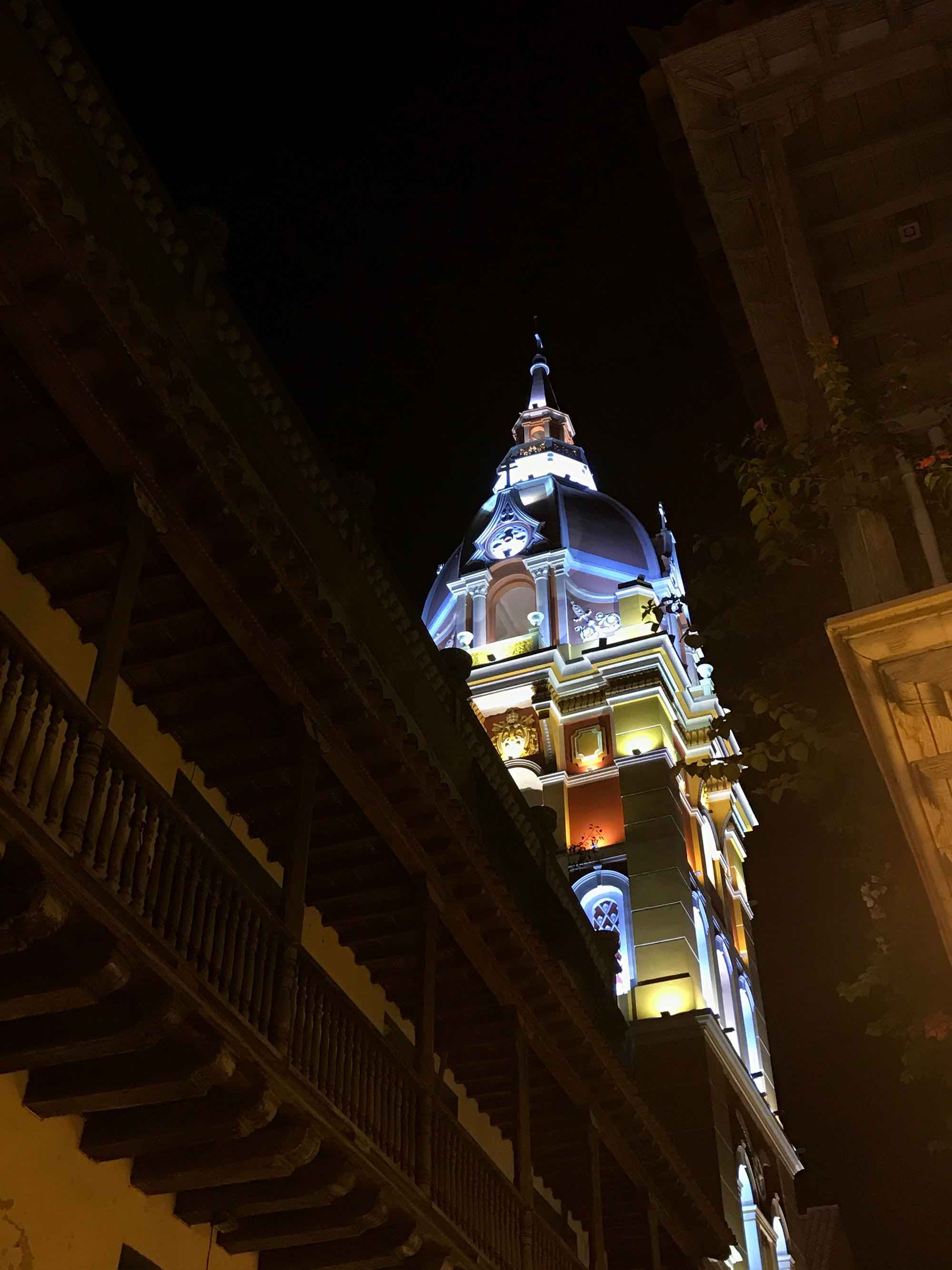 Cartagena Cathedral at night  | pictures of Cartagena, Colombia