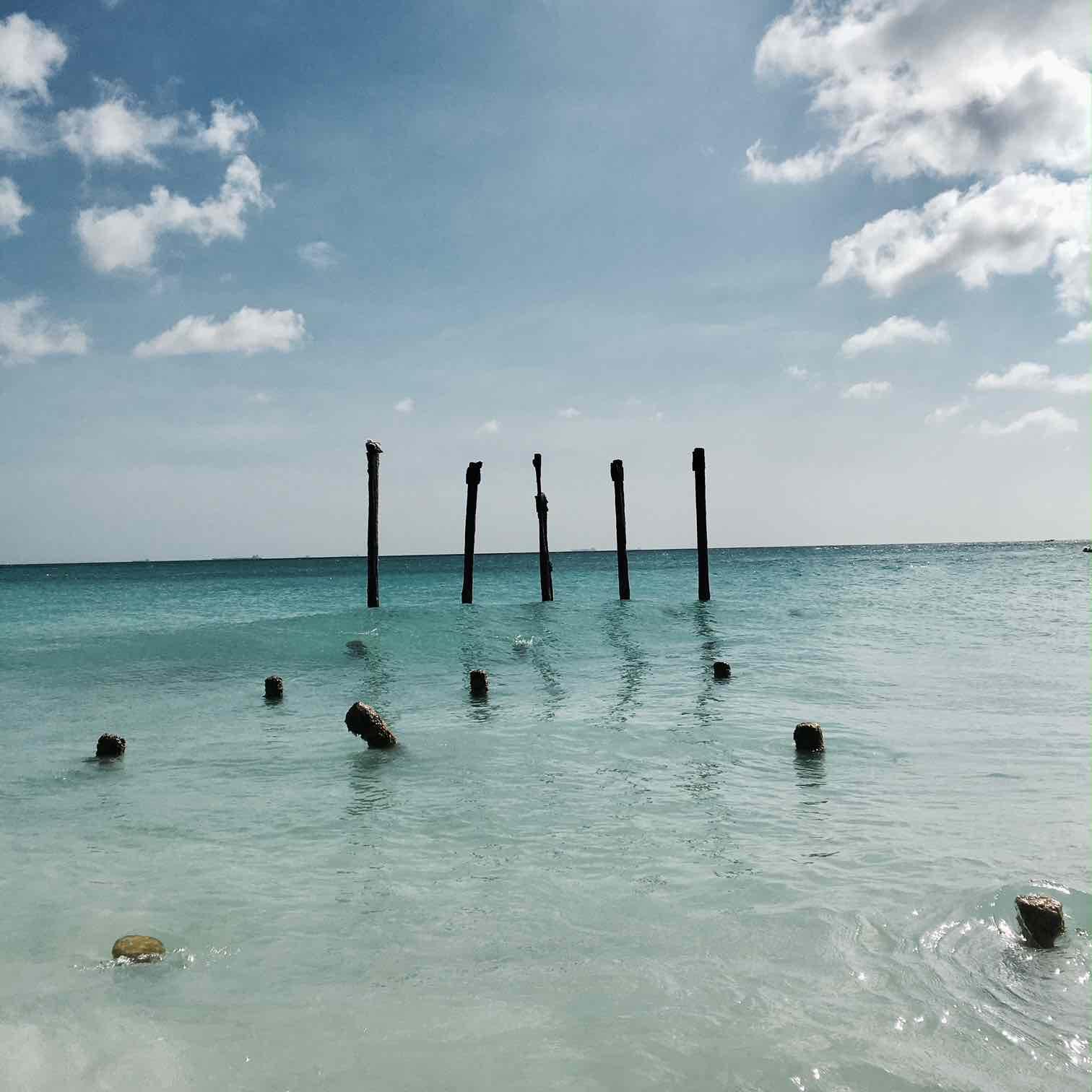 One Happy Island  Aruba .jpg