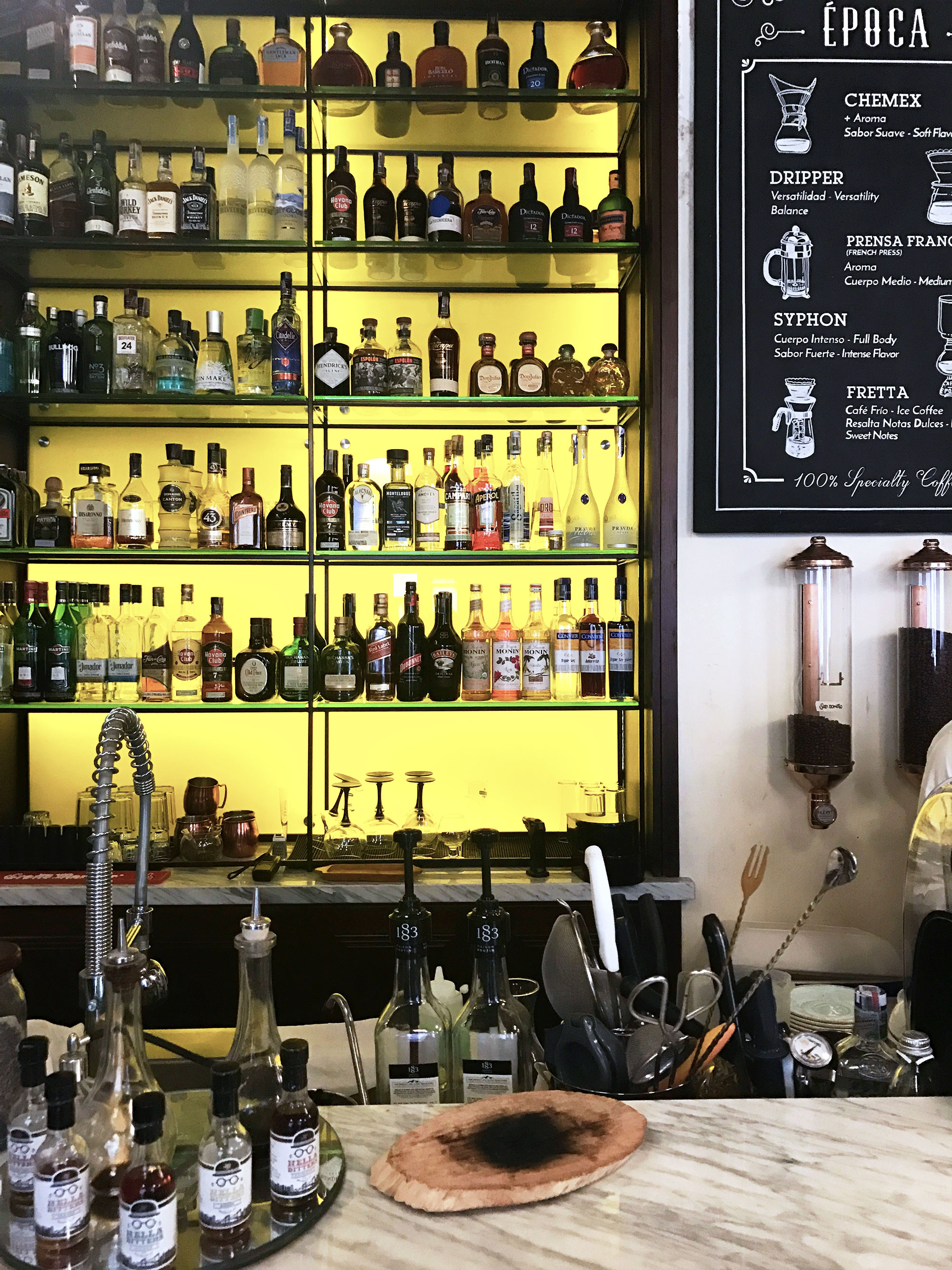 Cartagena cafe | pictures of Cartagena, Colombia