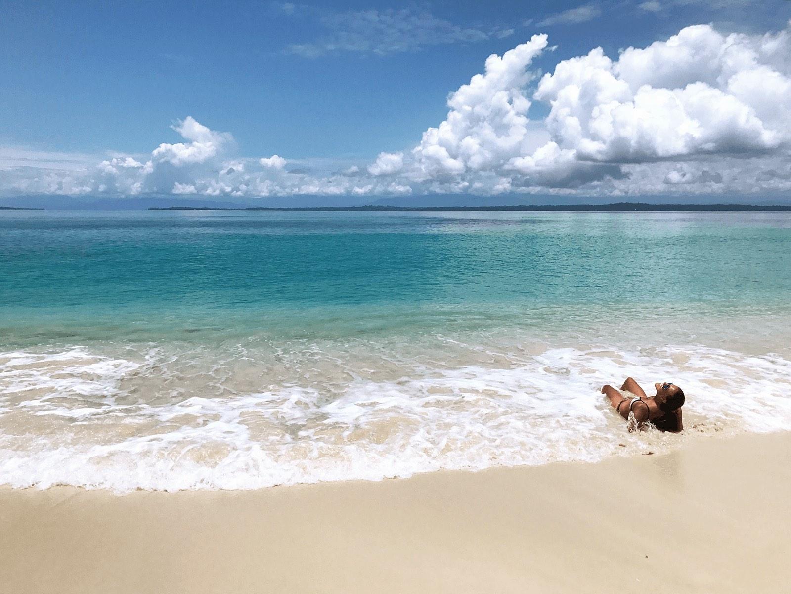 ocean waves on Isla Zapatilla Bocas del Toro, Panama