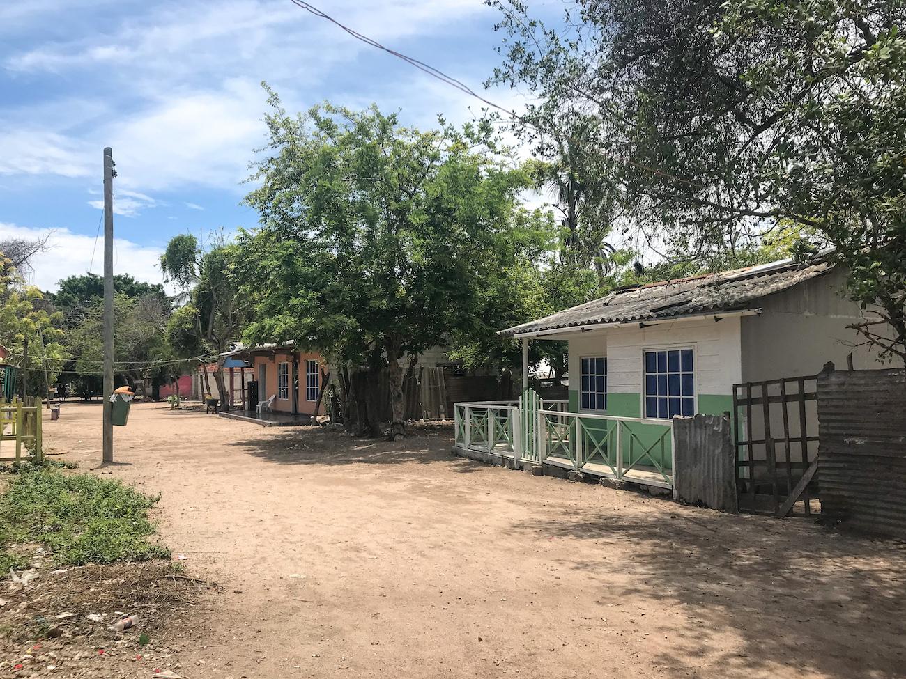 town isla grande colombia