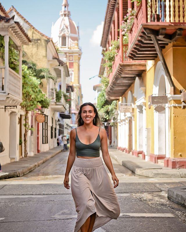 My FOURTH time in Cartagena; I'll never tire of frolicking in these charming and colorful streets. ⠀⠀⠀⠀⠀⠀⠀⠀⠀ ⠀⠀⠀⠀⠀⠀⠀⠀⠀ What places do you keep returning to? ⠀⠀⠀⠀⠀⠀⠀⠀⠀ ⠀⠀⠀⠀⠀⠀⠀⠀⠀ P.S. On the blog today, I'm covering the 13 things I recommend you do in Cartagena. #LinkInBio⠀⠀⠀⠀⠀⠀⠀⠀⠀ ⠀⠀⠀⠀⠀⠀⠀⠀⠀ #TravelerinColombia⠀⠀⠀⠀⠀⠀⠀⠀⠀ #FeelTheRhythm⠀⠀⠀⠀⠀⠀⠀⠀⠀ #bespoketravel⠀⠀⠀⠀⠀⠀⠀⠀⠀ #travelagent⠀⠀⠀⠀⠀⠀⠀⠀⠀ #travelconsultant⠀⠀⠀⠀⠀⠀⠀⠀⠀ #colombiatravel⠀⠀⠀⠀⠀⠀⠀⠀⠀ #voyaged⠀⠀⠀⠀⠀⠀⠀⠀⠀ #goopgo⠀⠀⠀⠀⠀⠀⠀⠀⠀ #mydomainetravels⠀⠀⠀⠀⠀⠀⠀⠀⠀ #forbestravelguide⠀⠀⠀⠀⠀⠀⠀⠀⠀ #slowtravel⠀⠀⠀⠀⠀⠀⠀⠀⠀ #traveldeeper⠀⠀⠀⠀⠀⠀⠀⠀⠀ #wekeepmoments