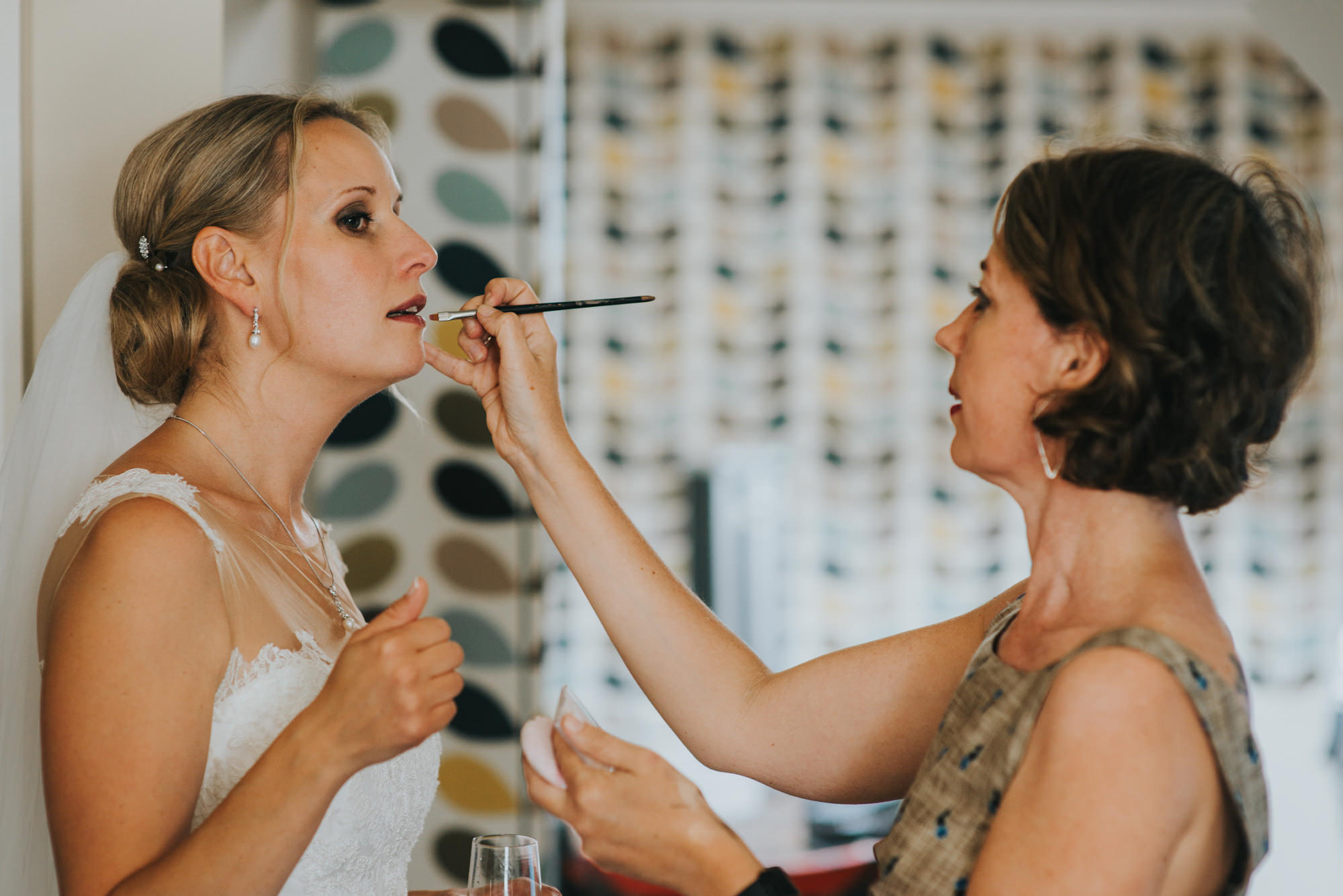 getting ready for How Caple Court wedding