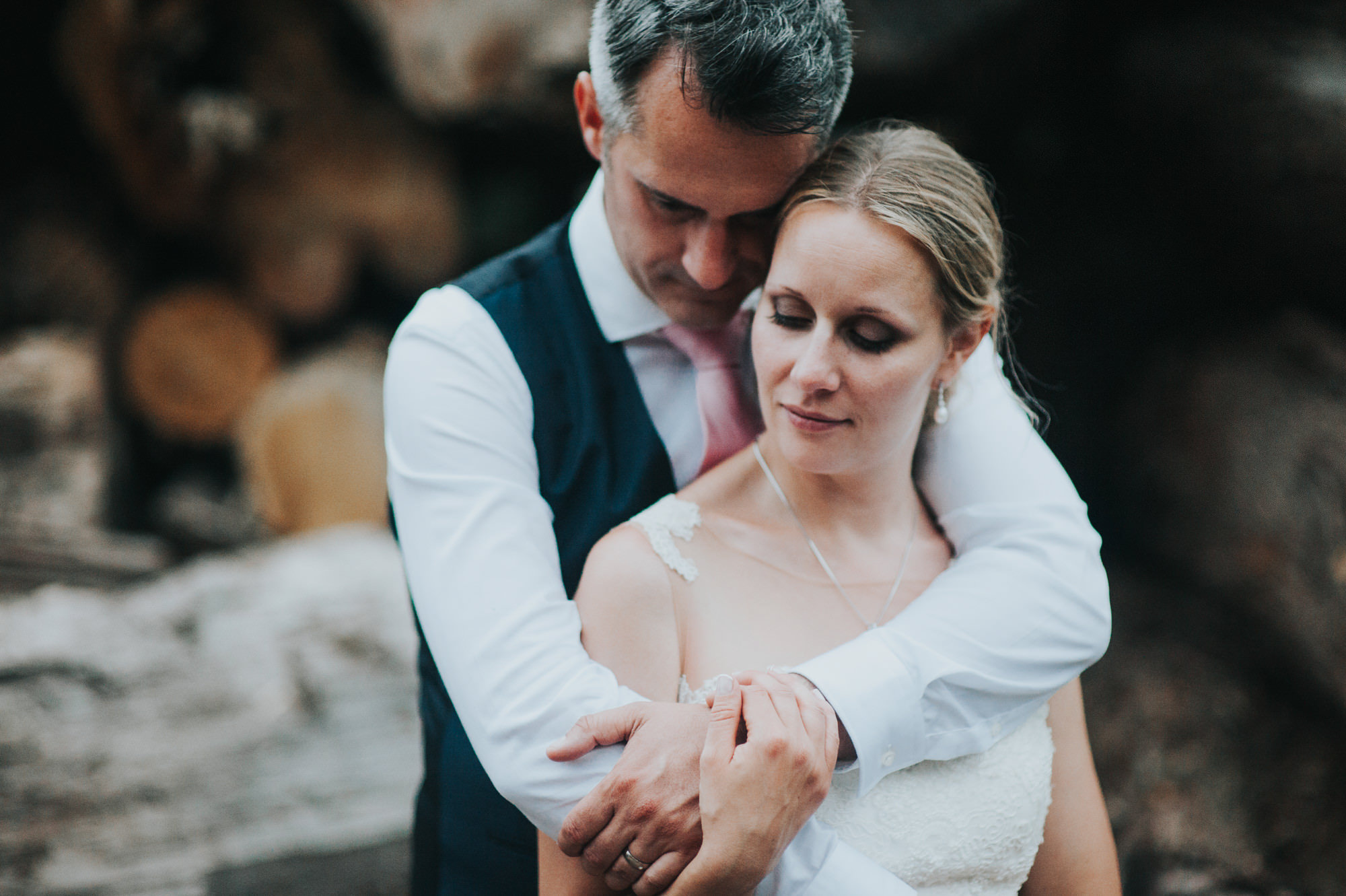 chilled out wedding photographer sussex