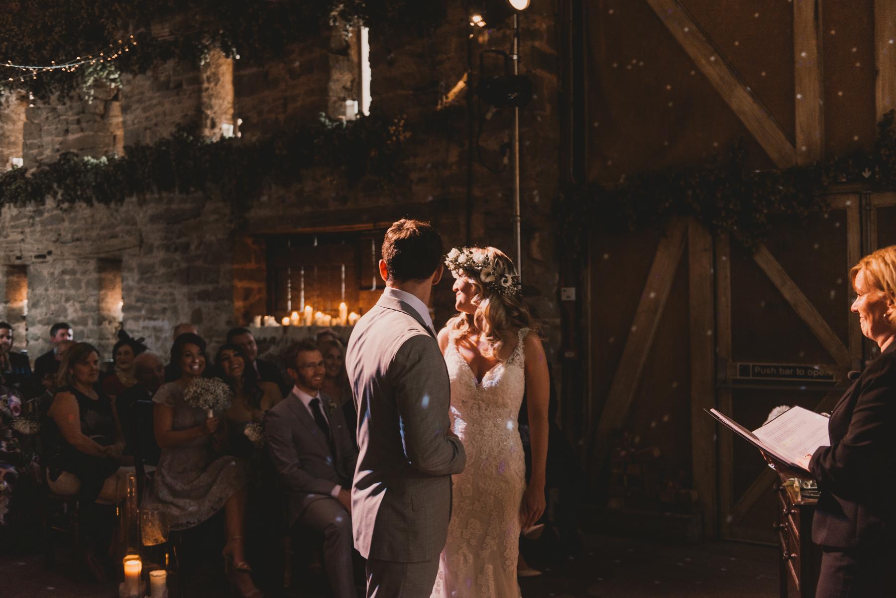 Herefordshire-barn-wedding-highlights-042.jpg