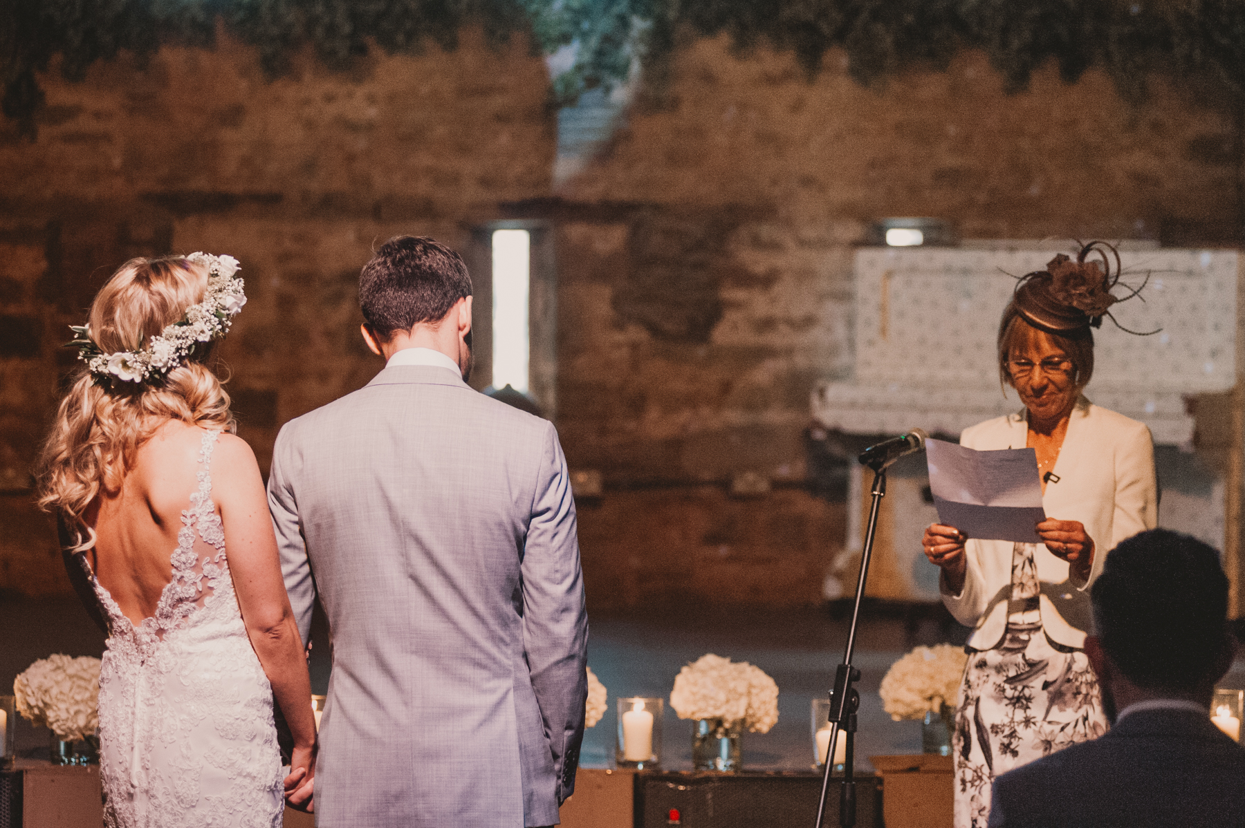 Herefordshire-barn-wedding-highlights-046.jpg