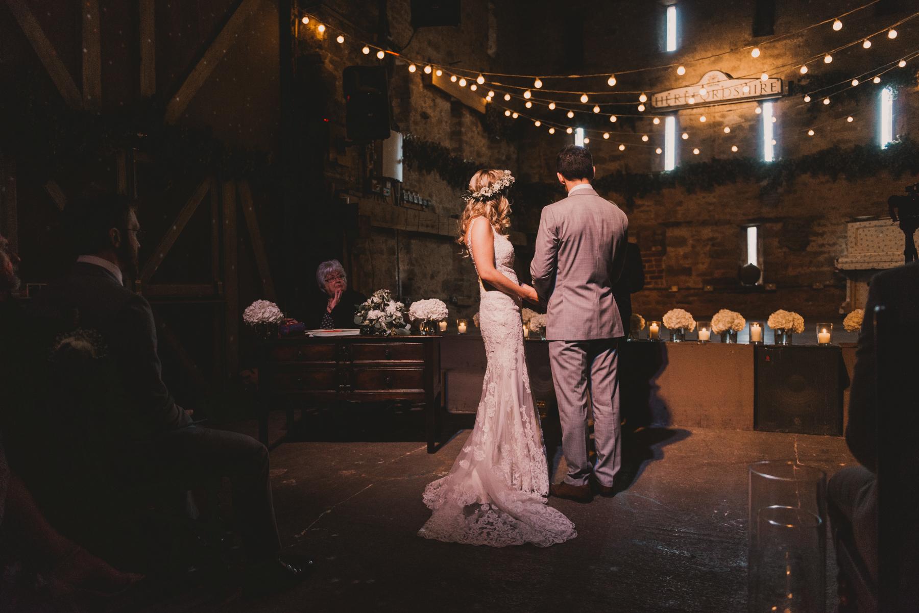 Herefordshire-barn-wedding-highlights-054.jpg