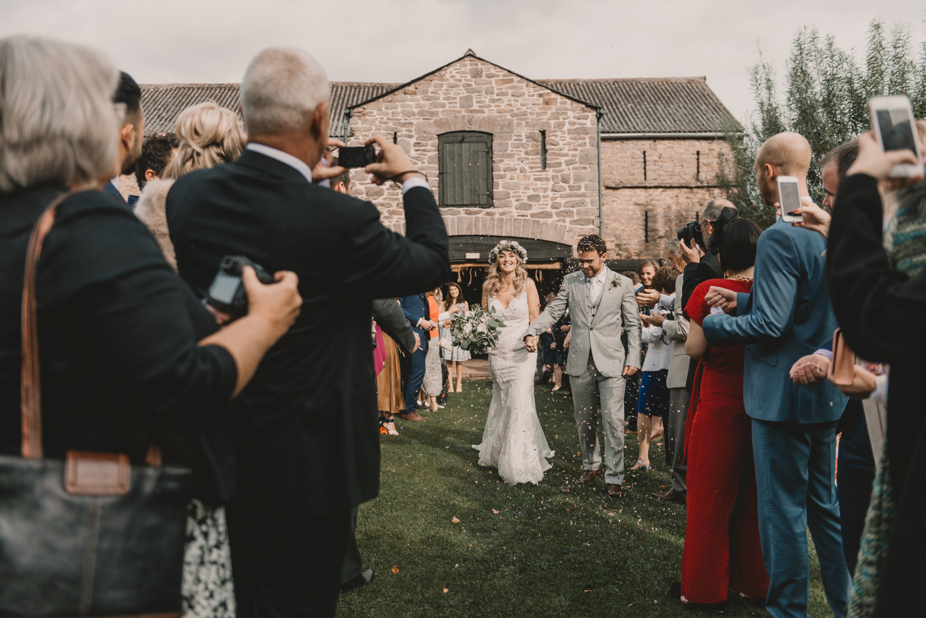 Herefordshire-barn-wedding-highlights-063.jpg
