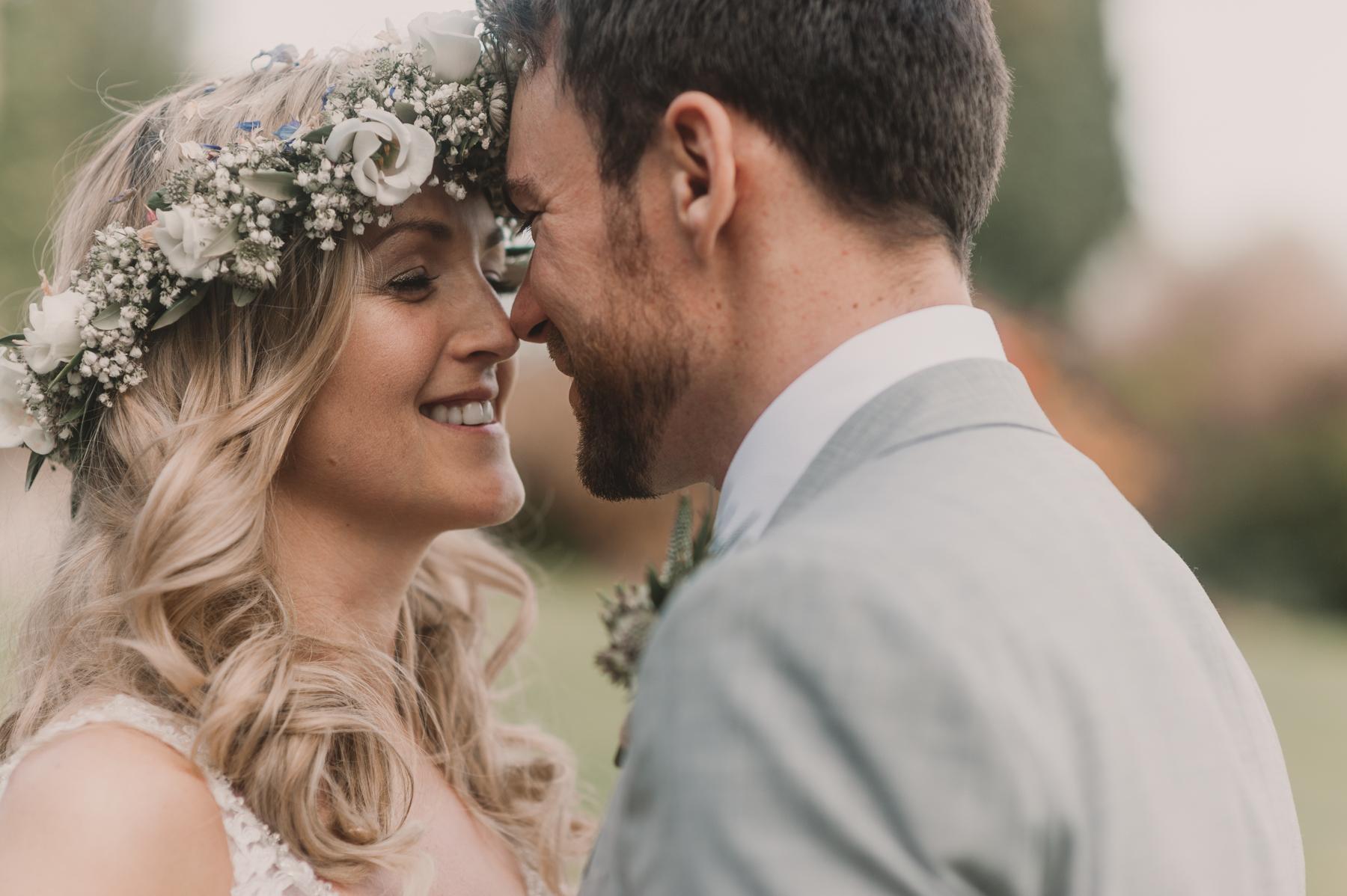 Herefordshire-barn-wedding-highlights-083.jpg