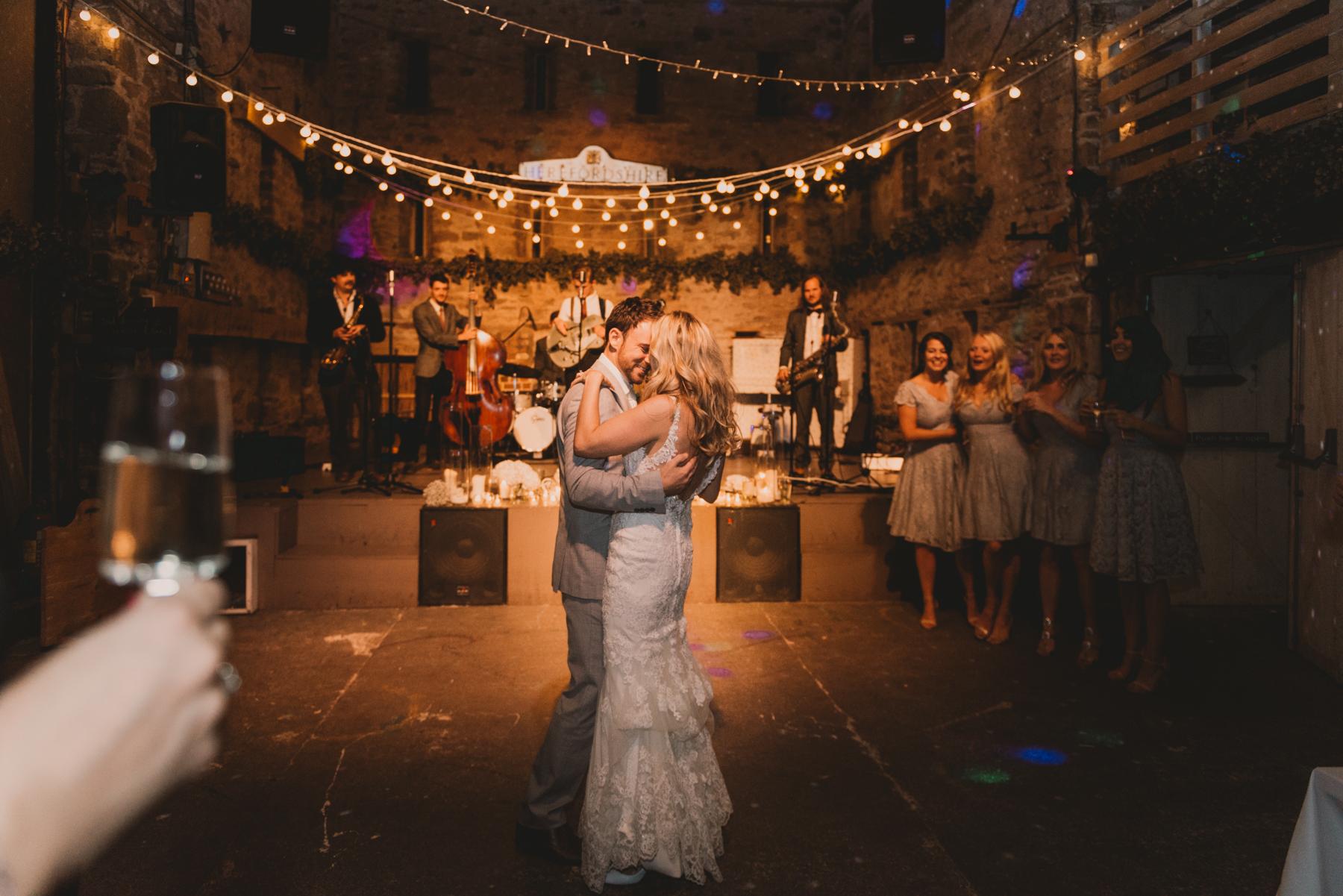 Herefordshire-barn-wedding-highlights-146.jpg