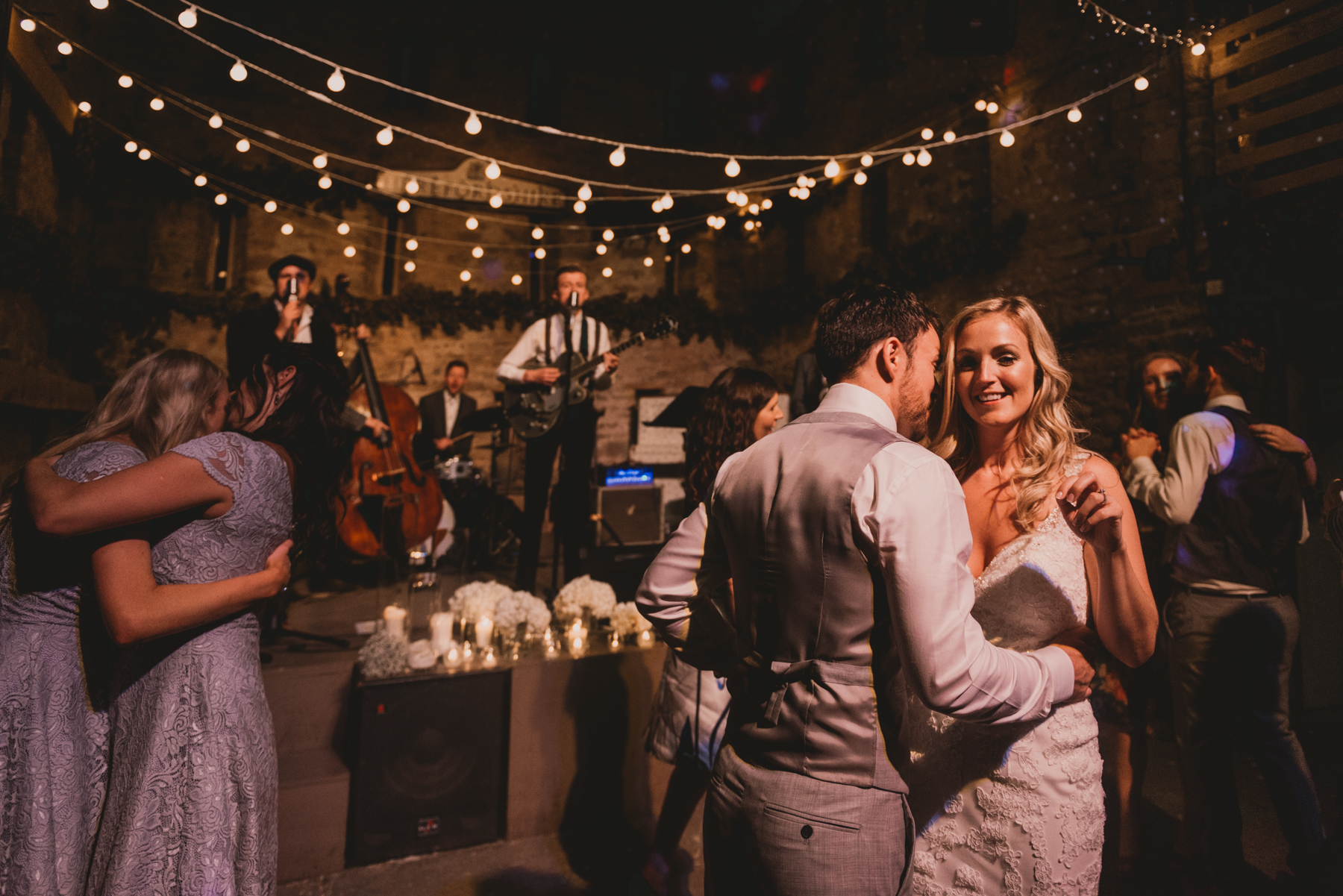 Herefordshire-barn-wedding-highlights-156.jpg