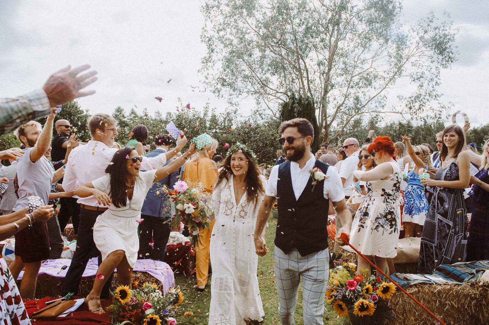 cool quirky wedding photos