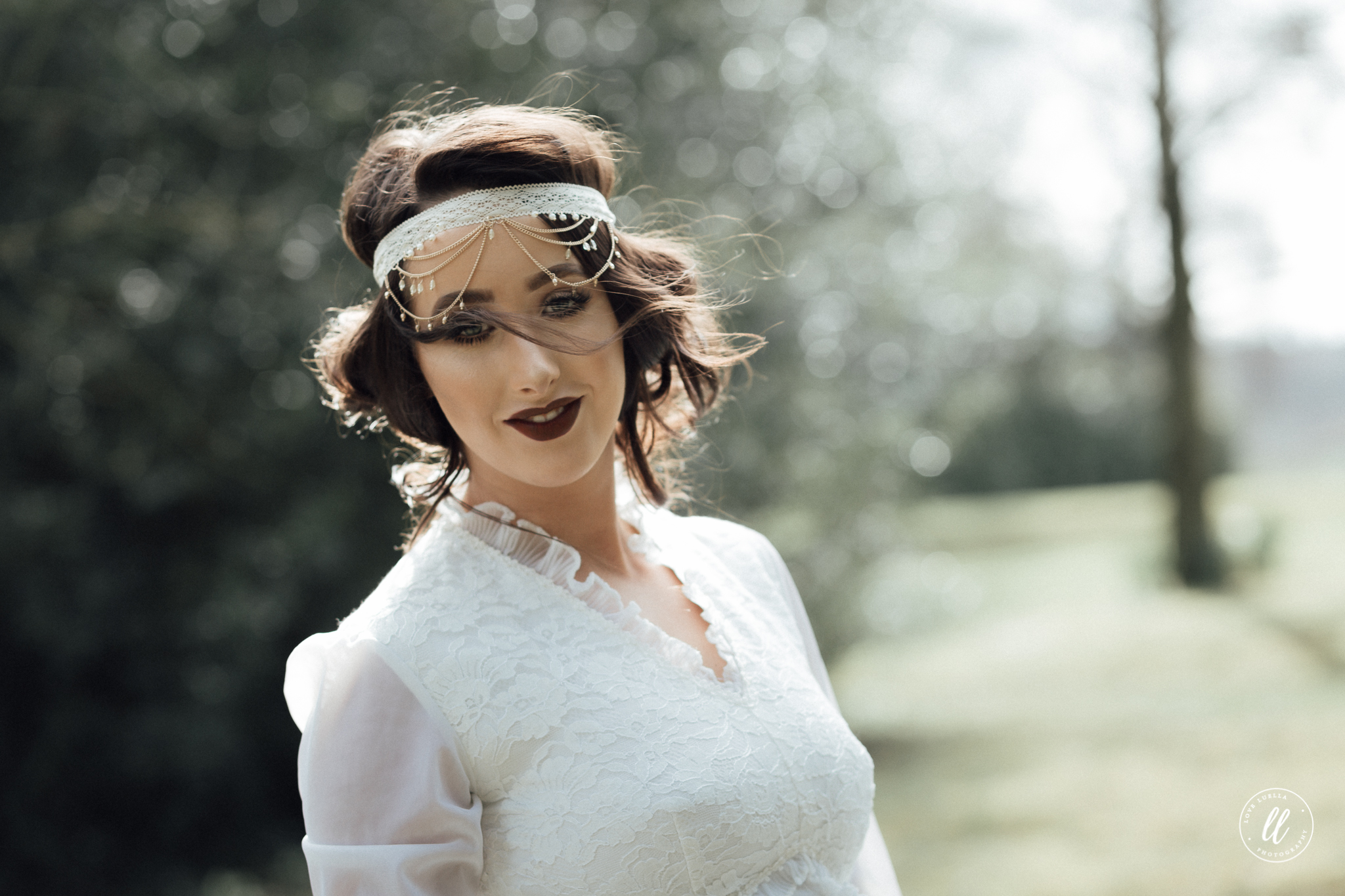 1920s bridal hair idea