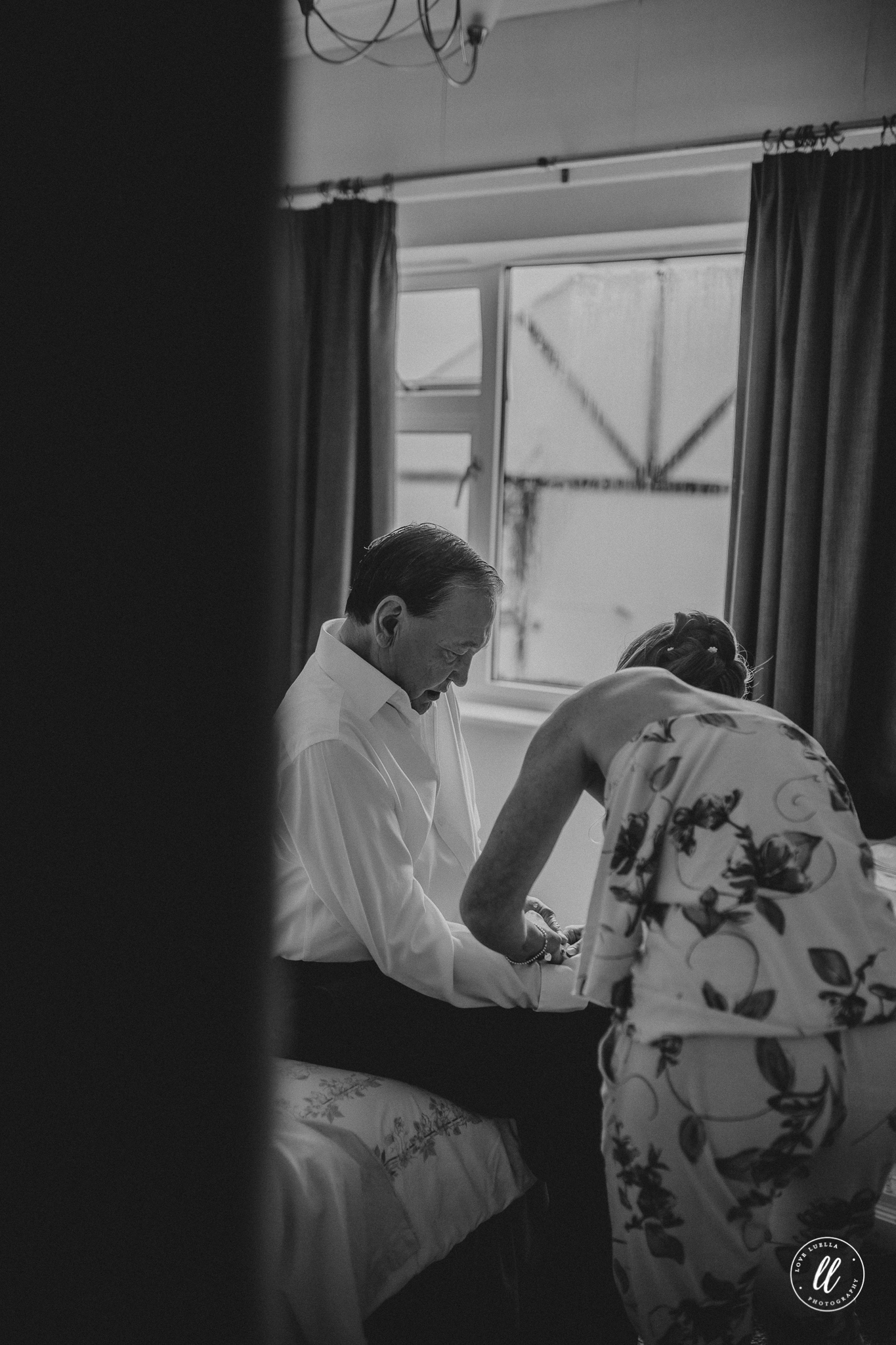natural wedding photography llangollen