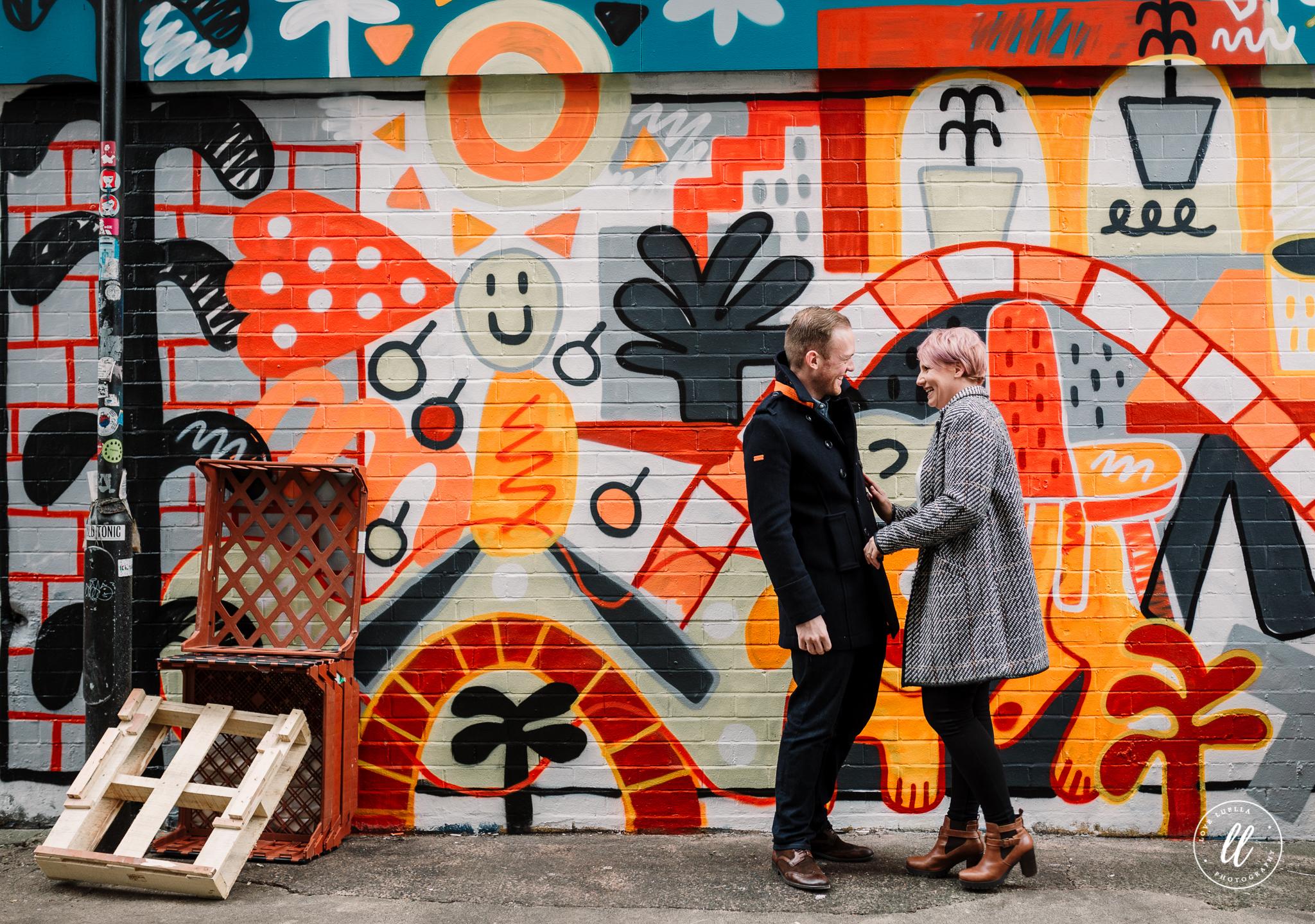 nq graffiti couple photography
