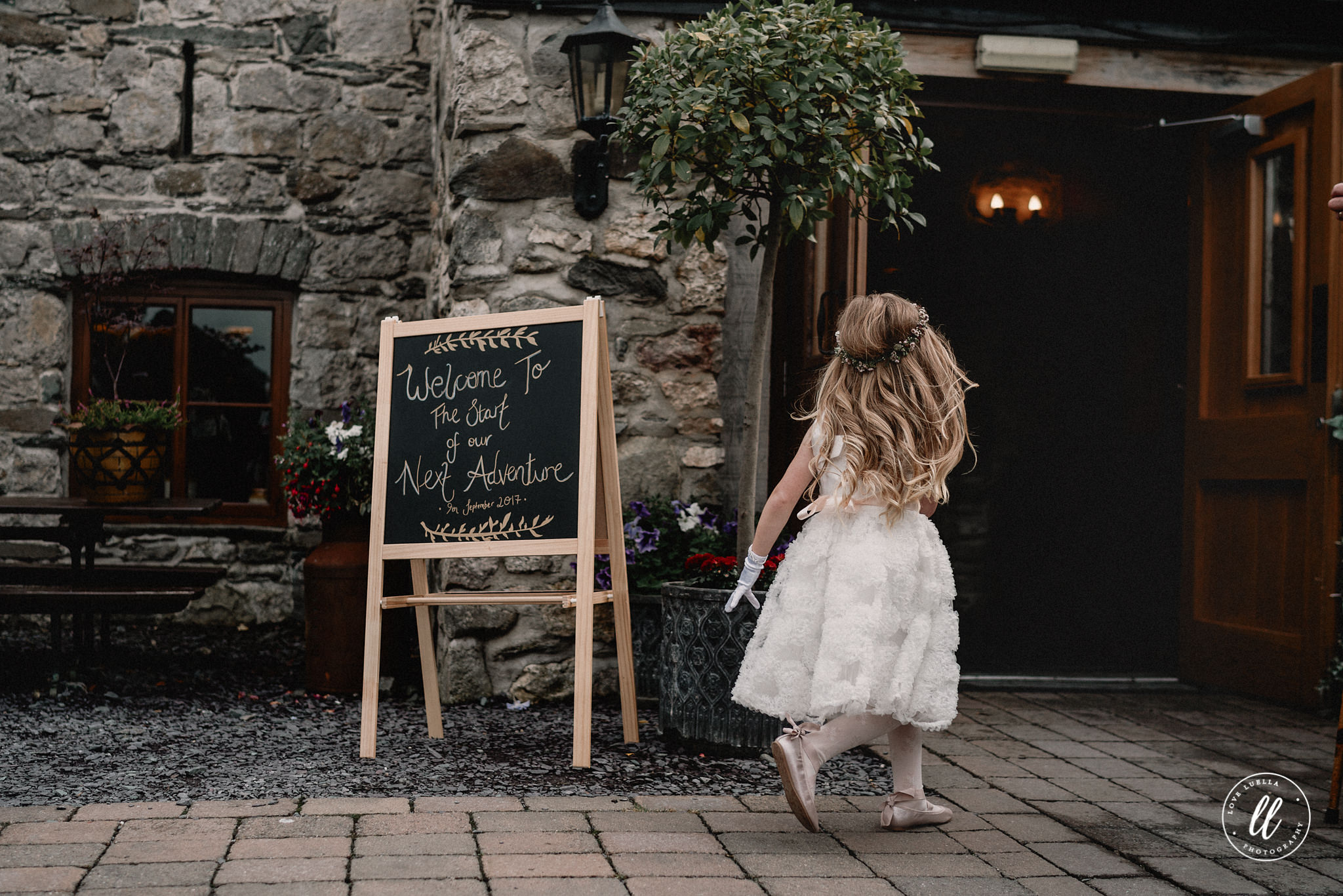 Plas Isaf Wedding Photography- Leah and Ben-43.jpg