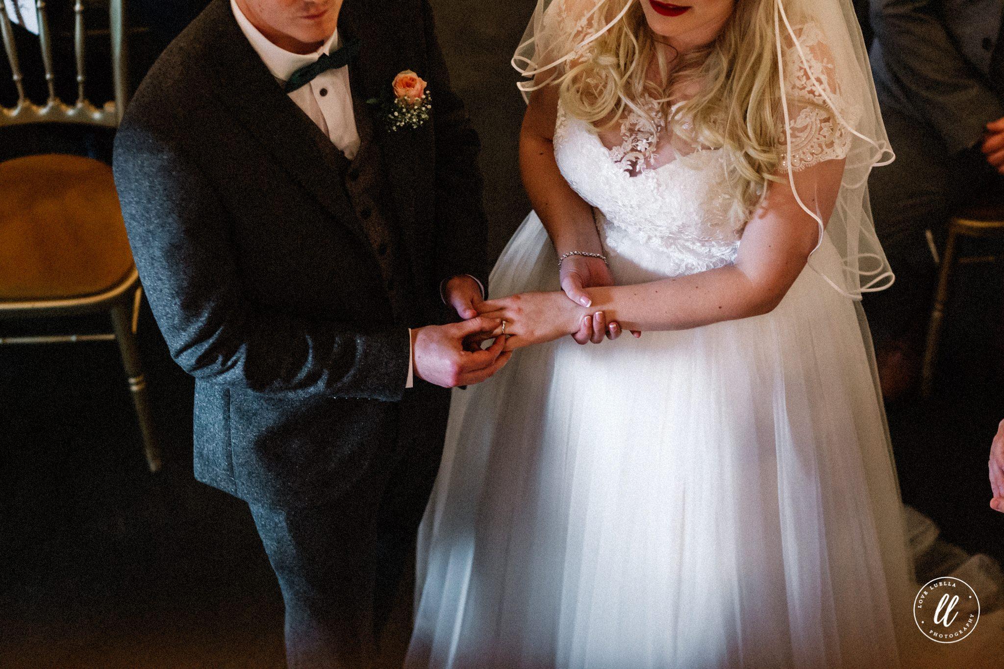 Shrewsbury Wedding Photographer-20.jpg