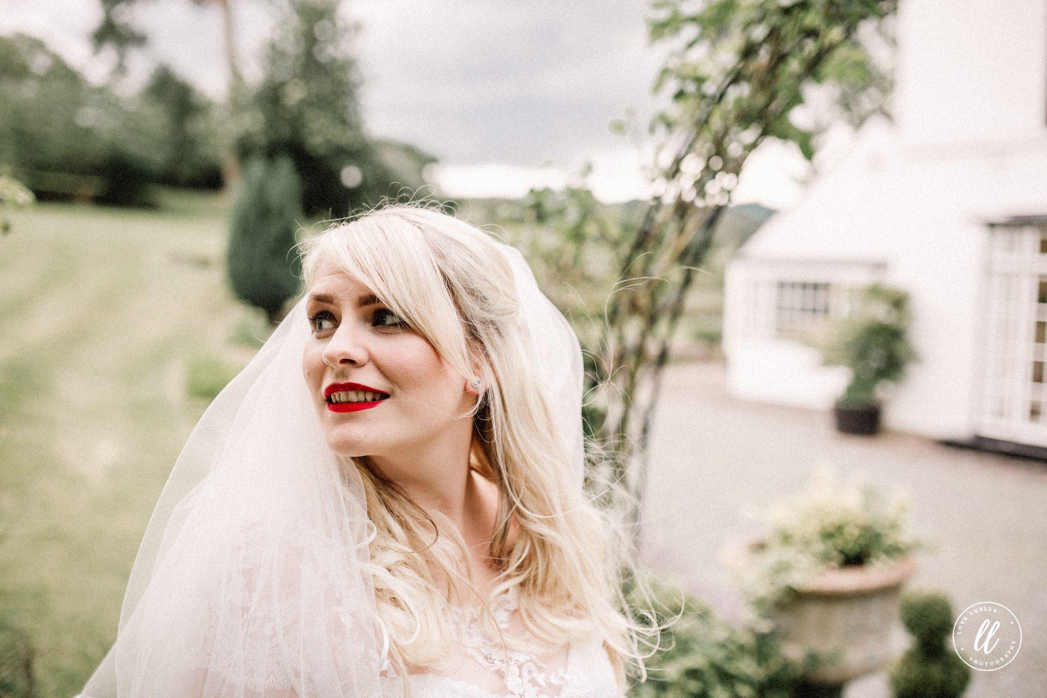 Shrewsbury Wedding Photographer-33.jpg