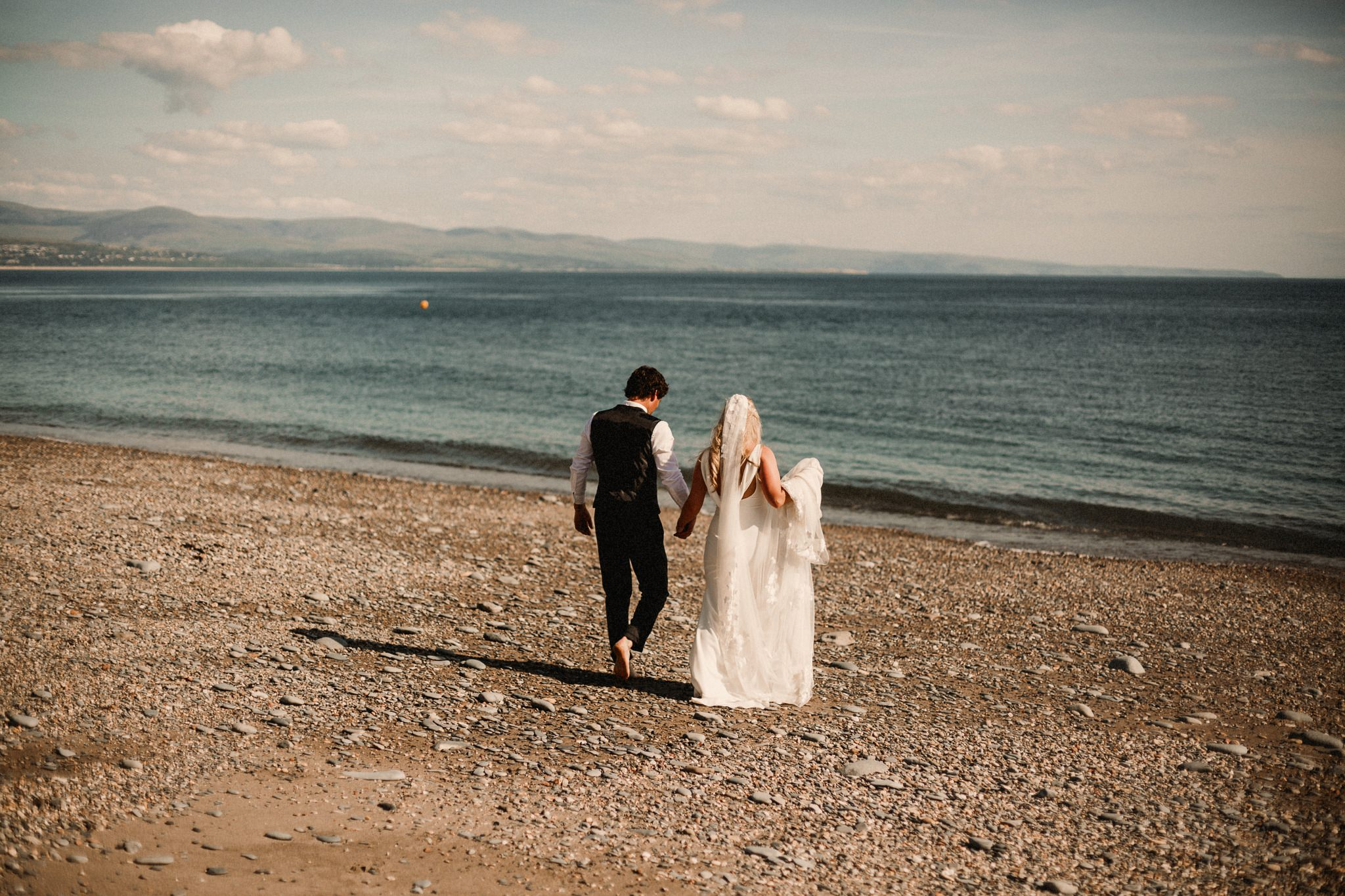 Criccieth Wedding  Photographer-8819blog.jpg