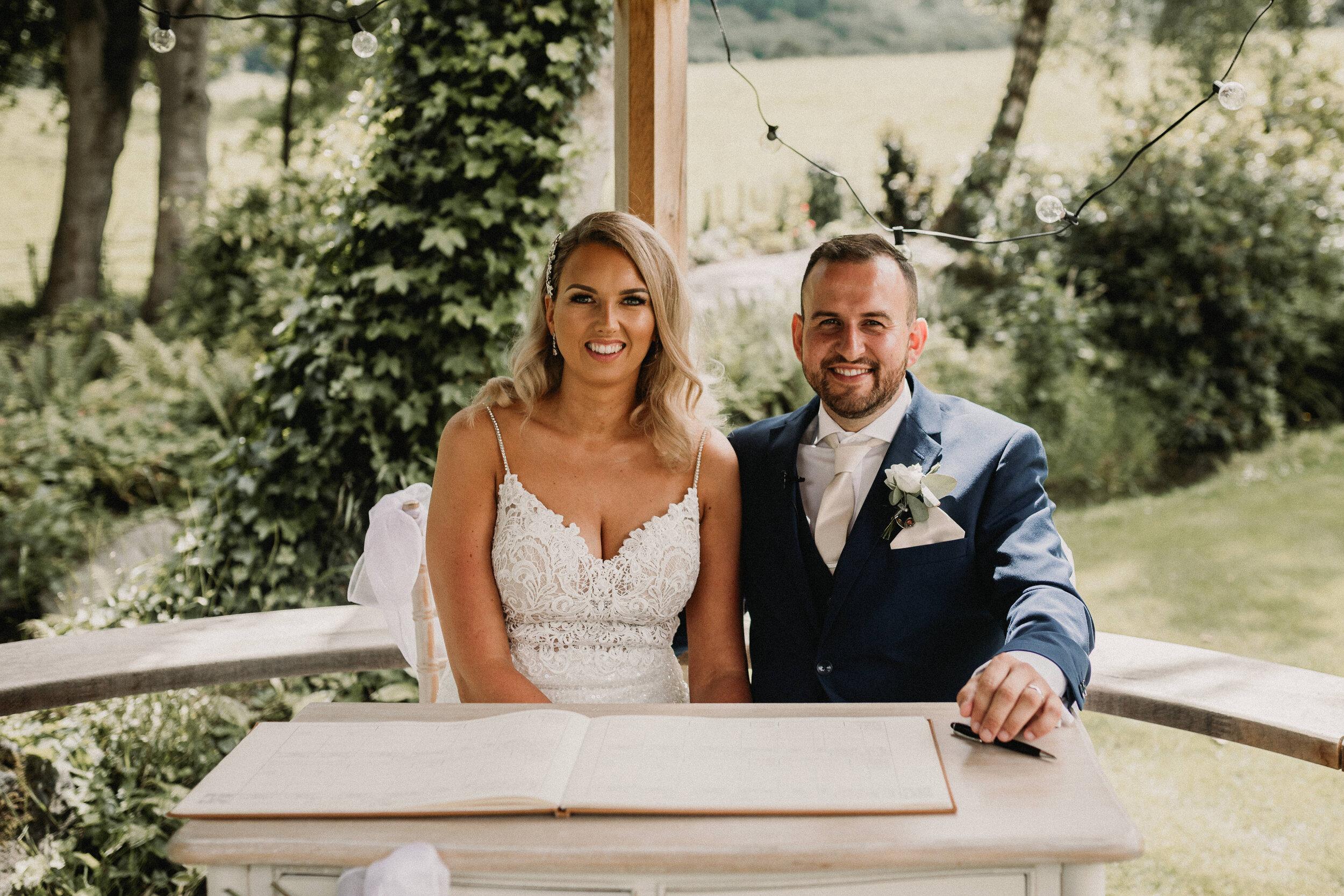 Tyn Dwr Wedding Photographer -4047.jpg