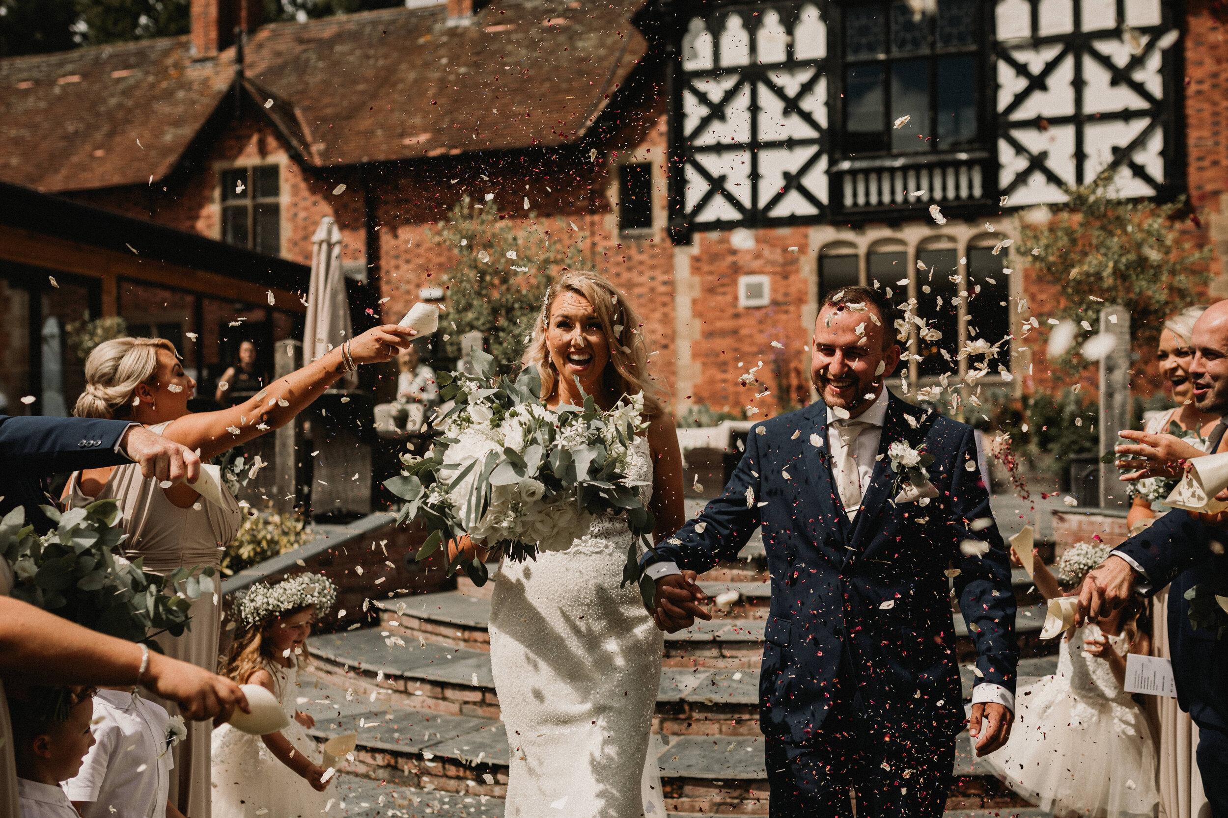 Tyn Dwr Wedding Photographer -4097.jpg
