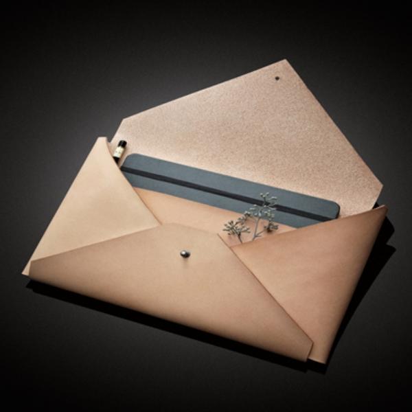 Monday Must Bags- Titania Inglis.jpg