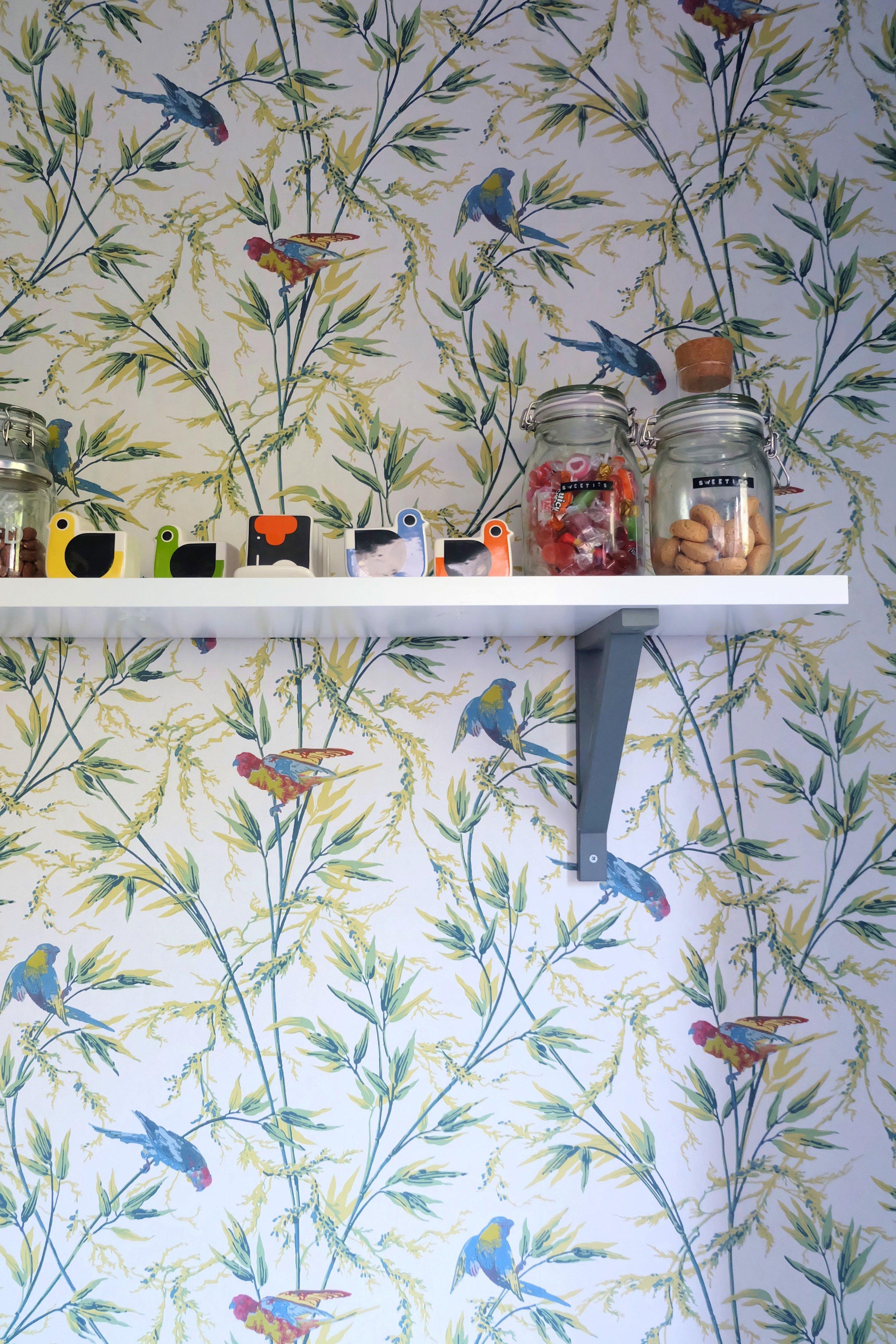Floral bird wallpaper