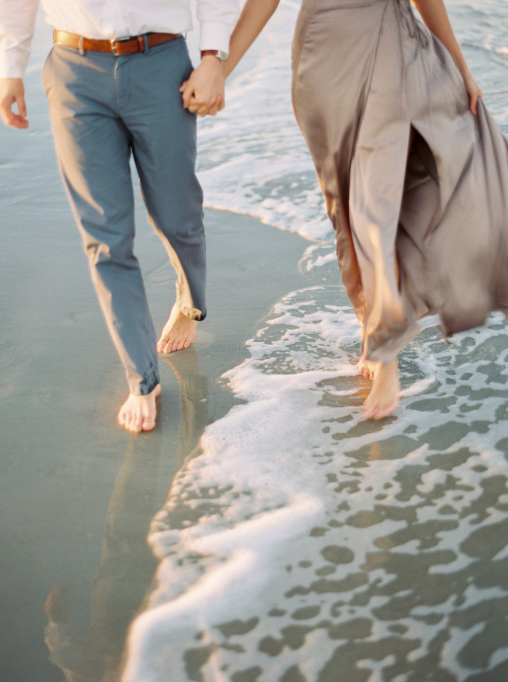 Cannon+beach+engagement+session+film+photographer-1.jpg