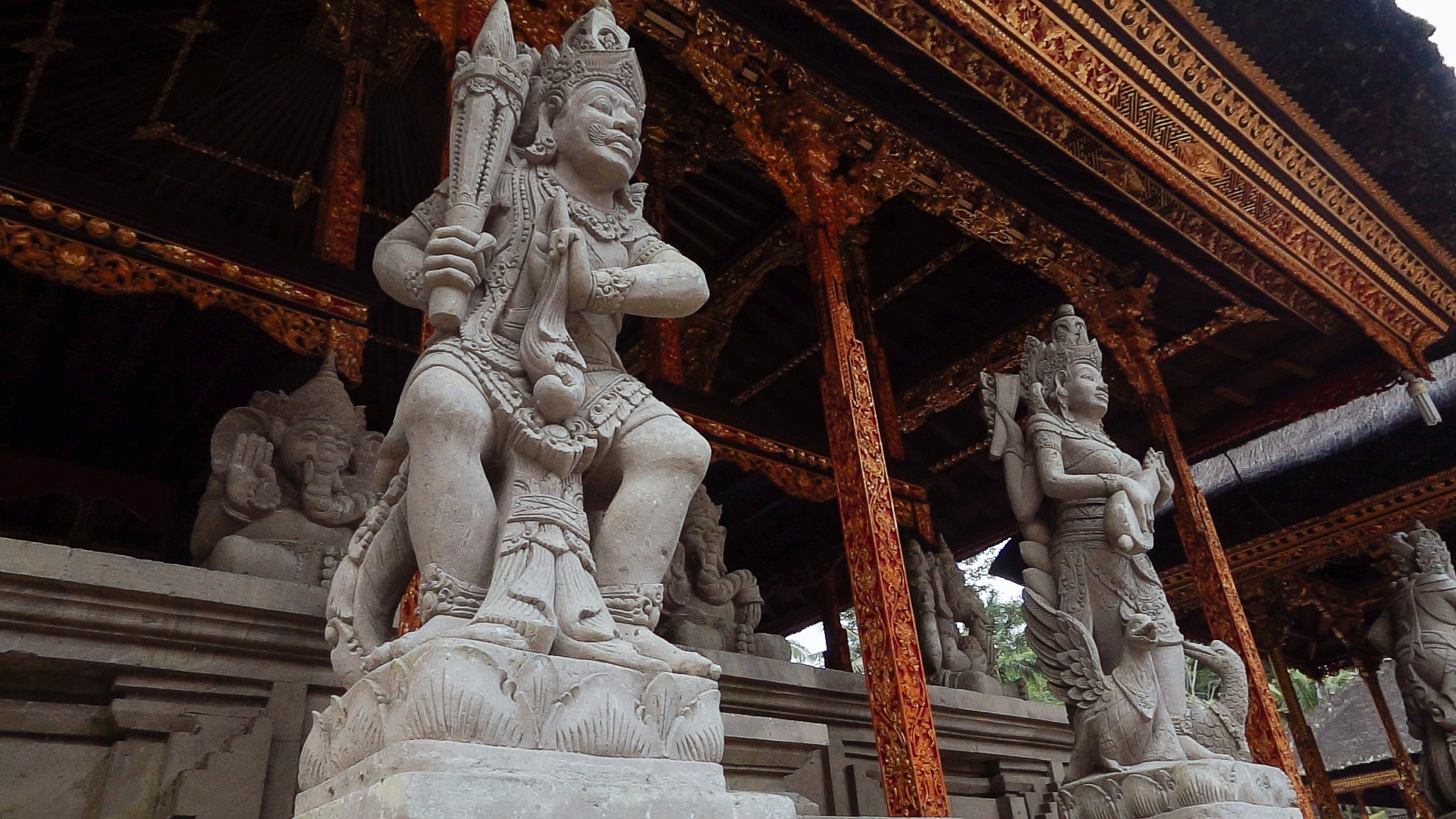 Temple_statue.jpg