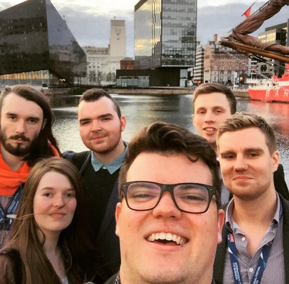 Gaming Aim high team arriving in Liverpool