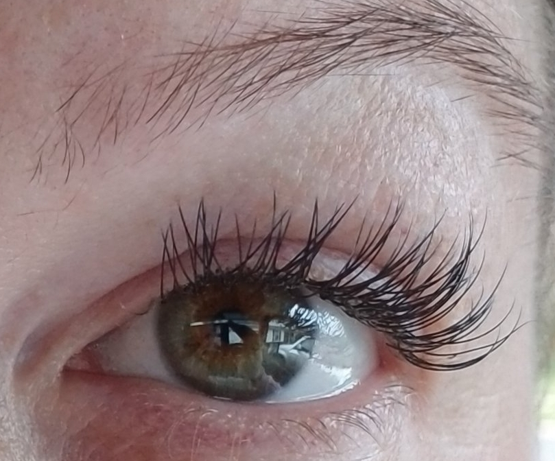 Xtreme Lashes by Renee