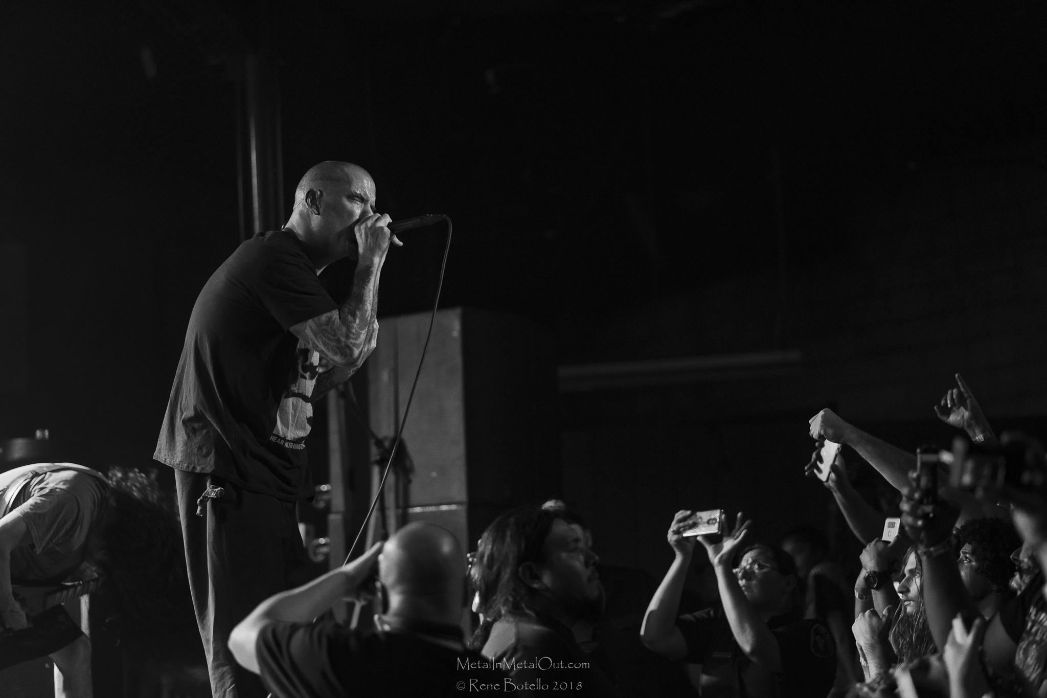 Philip H Anselmo & The Illegals Sep 7 2018-16-2.jpg