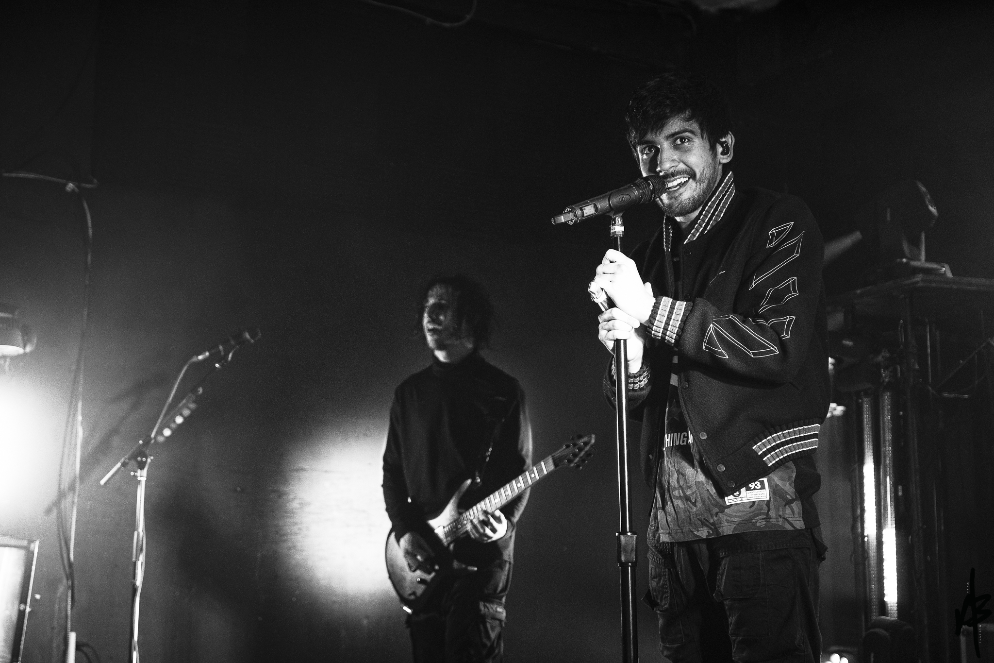 Crown The Empire Mar 2019-8.jpg
