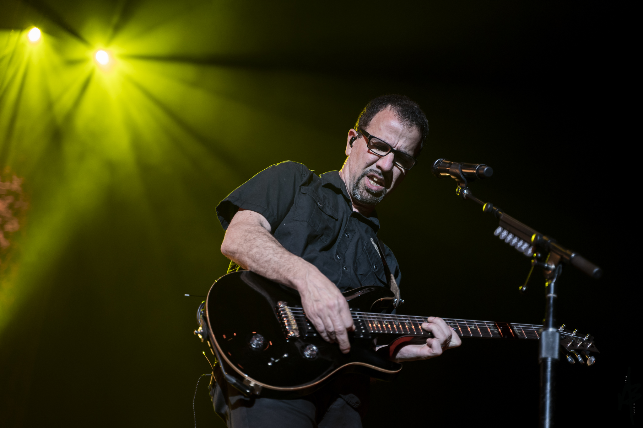 Godsmack April 9 2019-11.jpg