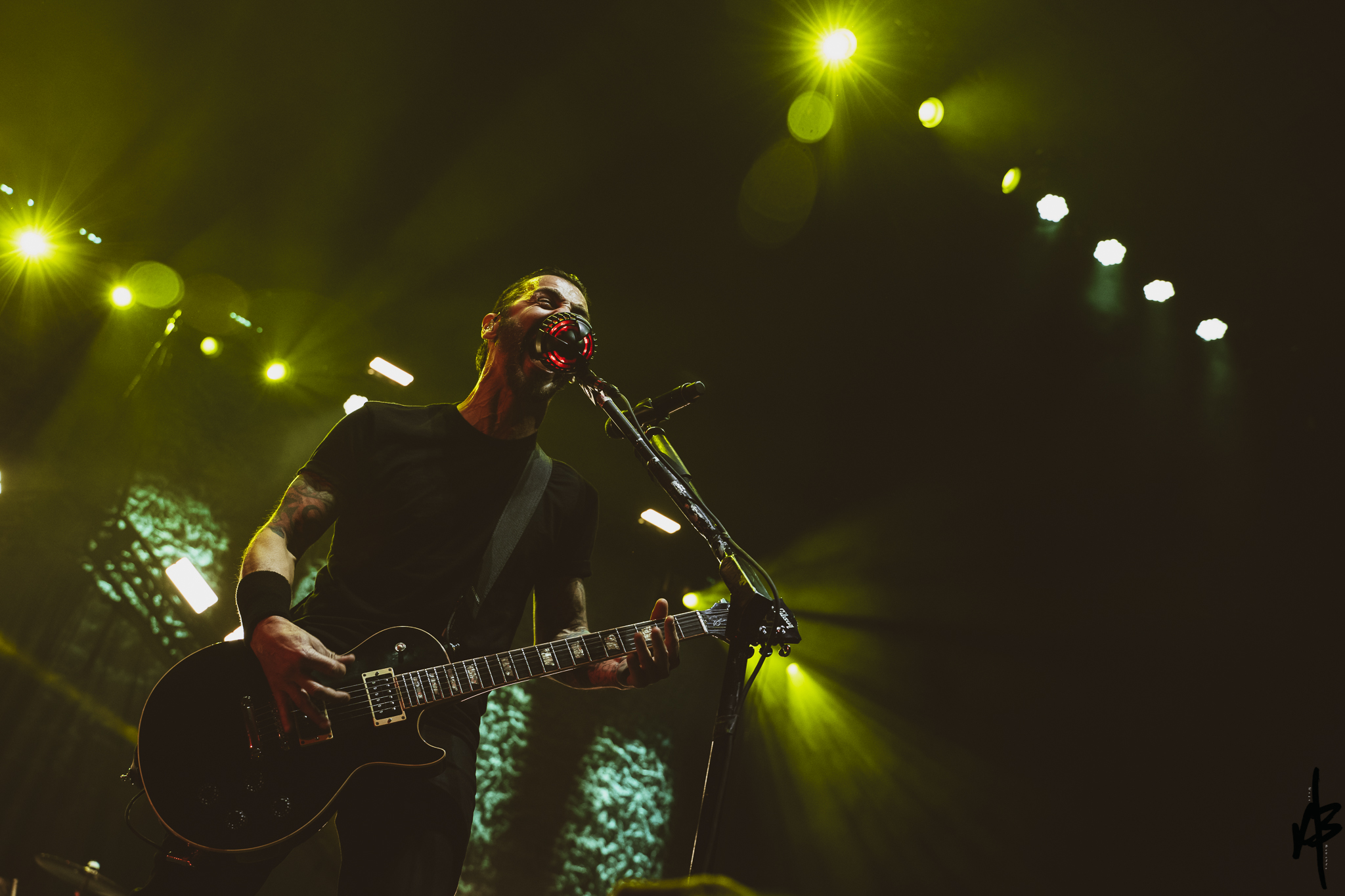 Godsmack April 9 2019-16.jpg
