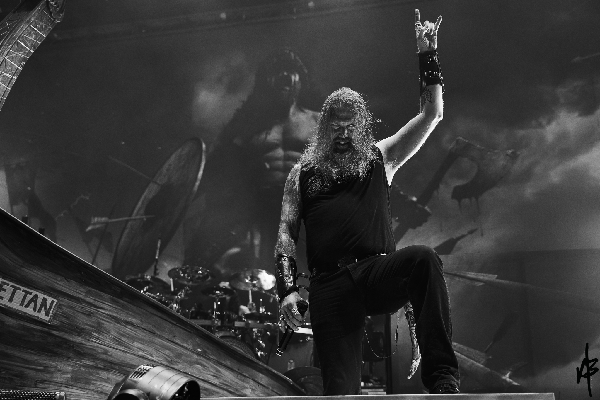 Amon Amarth MAY 7 2019 RRB-25.jpg
