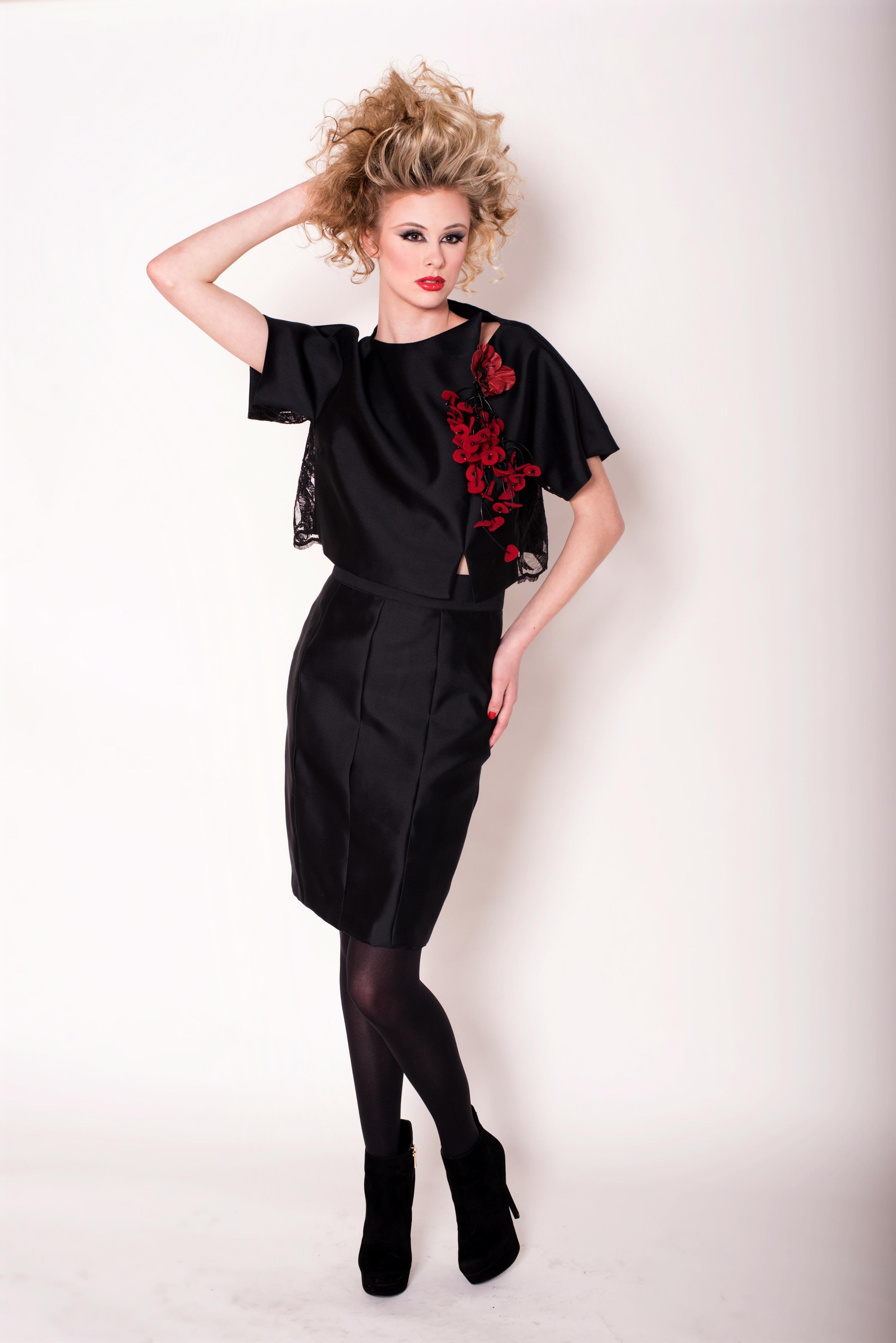 nine-gleyzer-designer-dress-2.jpg