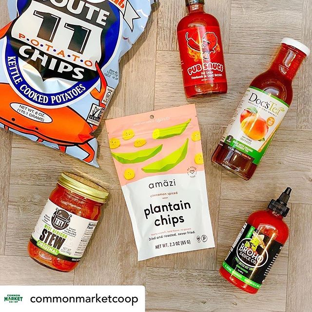 @commonmarketcoop We're still celebrating #buylocalmonth, and we're highlighting products with #local flair. Like these Maryland-inspired @rt11potatochips chips, hot sauces from Pub Sauce & @brohosauceco, stew from @tastesbetterthanyours, tea from @docs_tea, and dried fruit chips from @amazifoods. They're all made locally, so you can feel good about supporting the local economy. . . . Which local product is your favorite? 🤔 . . . #commonmarketcoop #yourlocalcoop #repost #docstea #frederickmd #supportlocal #instagood #teaenthusiast #mangotea #lowsugarlifestyle