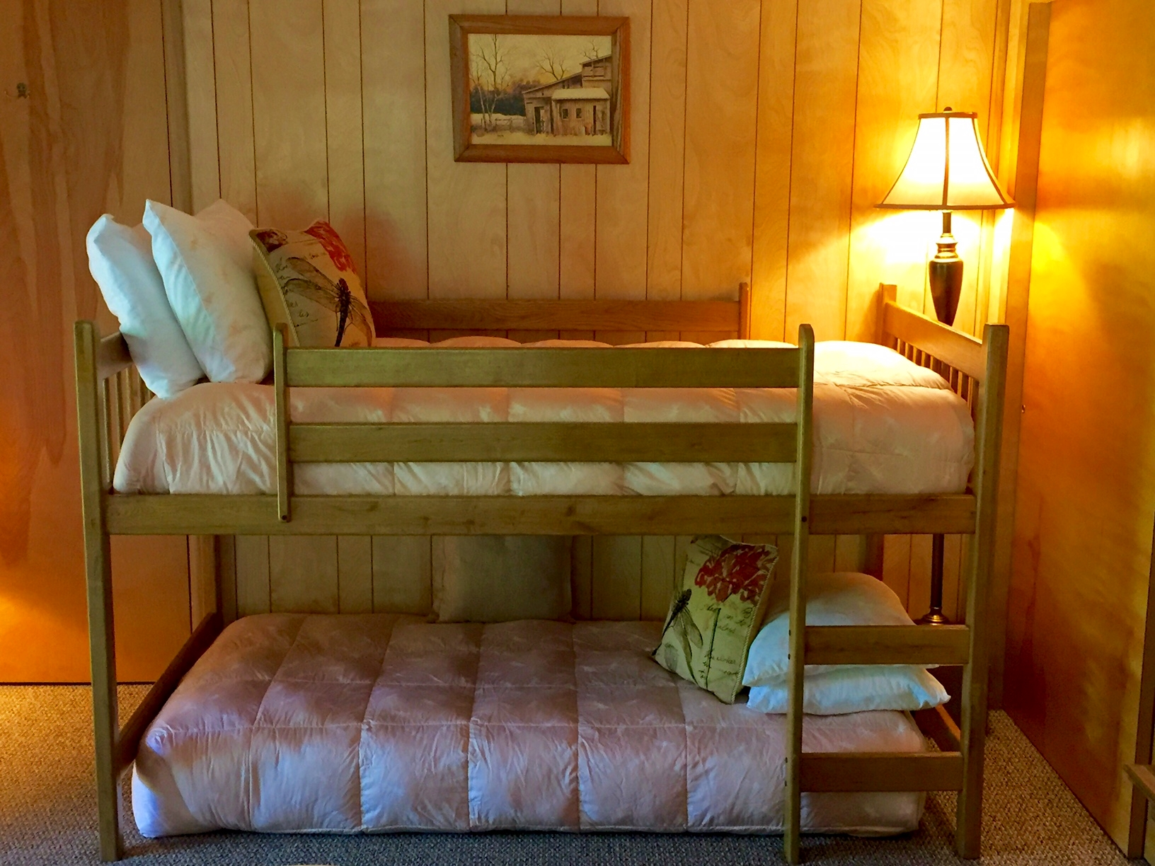 Downstairs Lake Bedroom Bunk Bed