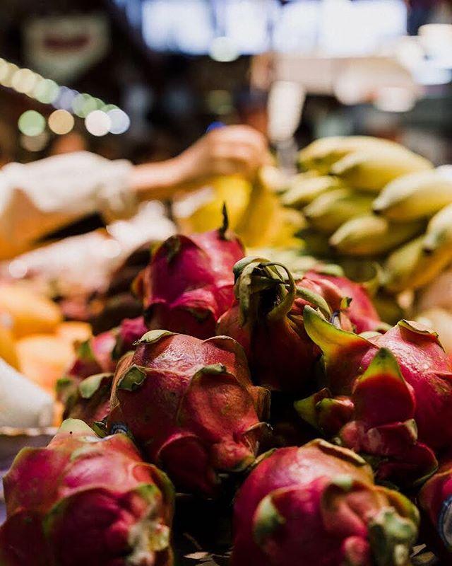 Anyone else love dragon fruit? 🐉  #dragonfruit #granvilleisland #clickinwalk2018 #vancity #granvilleislandmarket