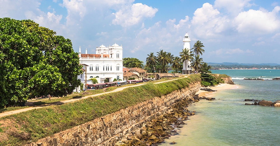 The nearyby historic town of Galle…