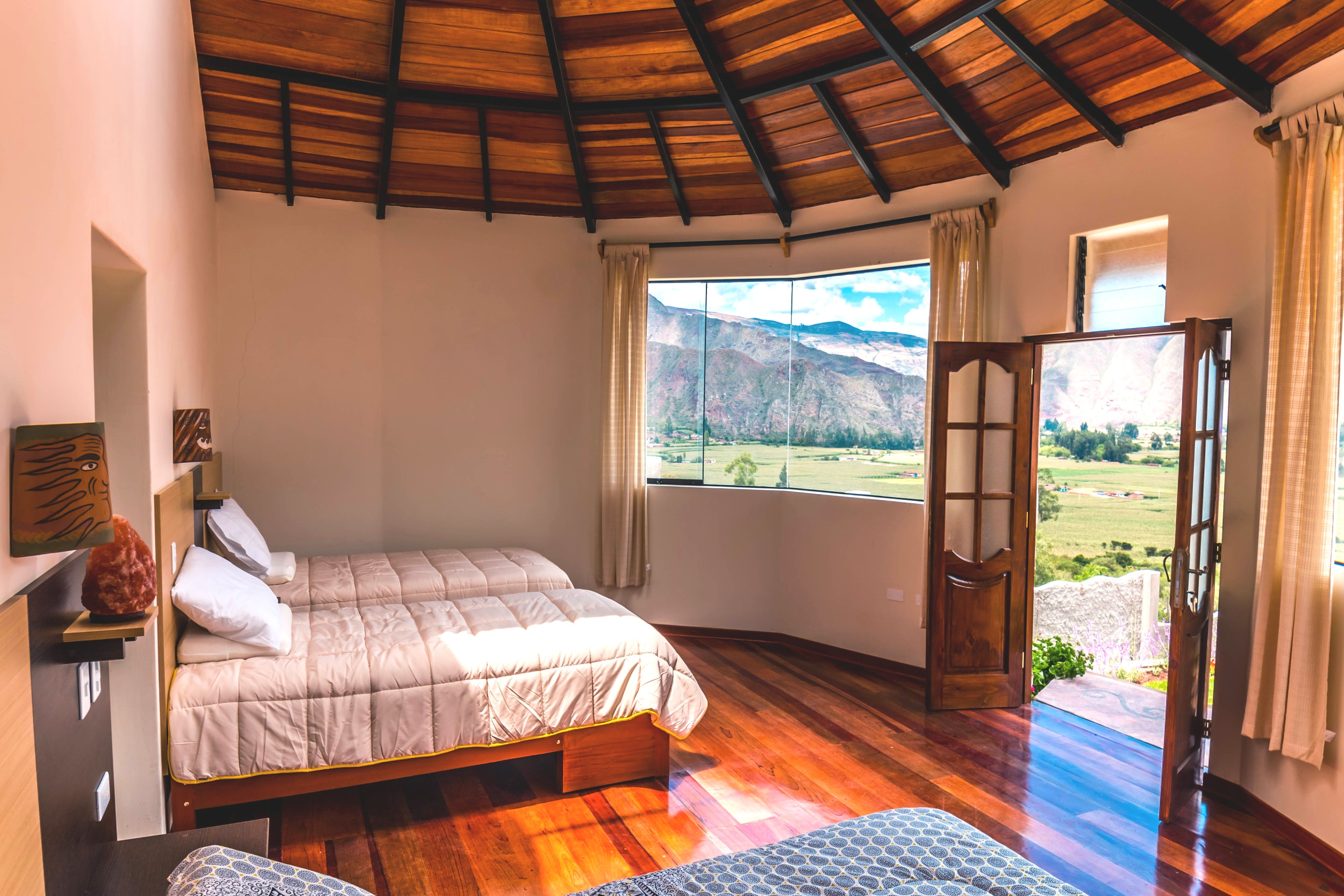 Samadhi-bedroom.jpg