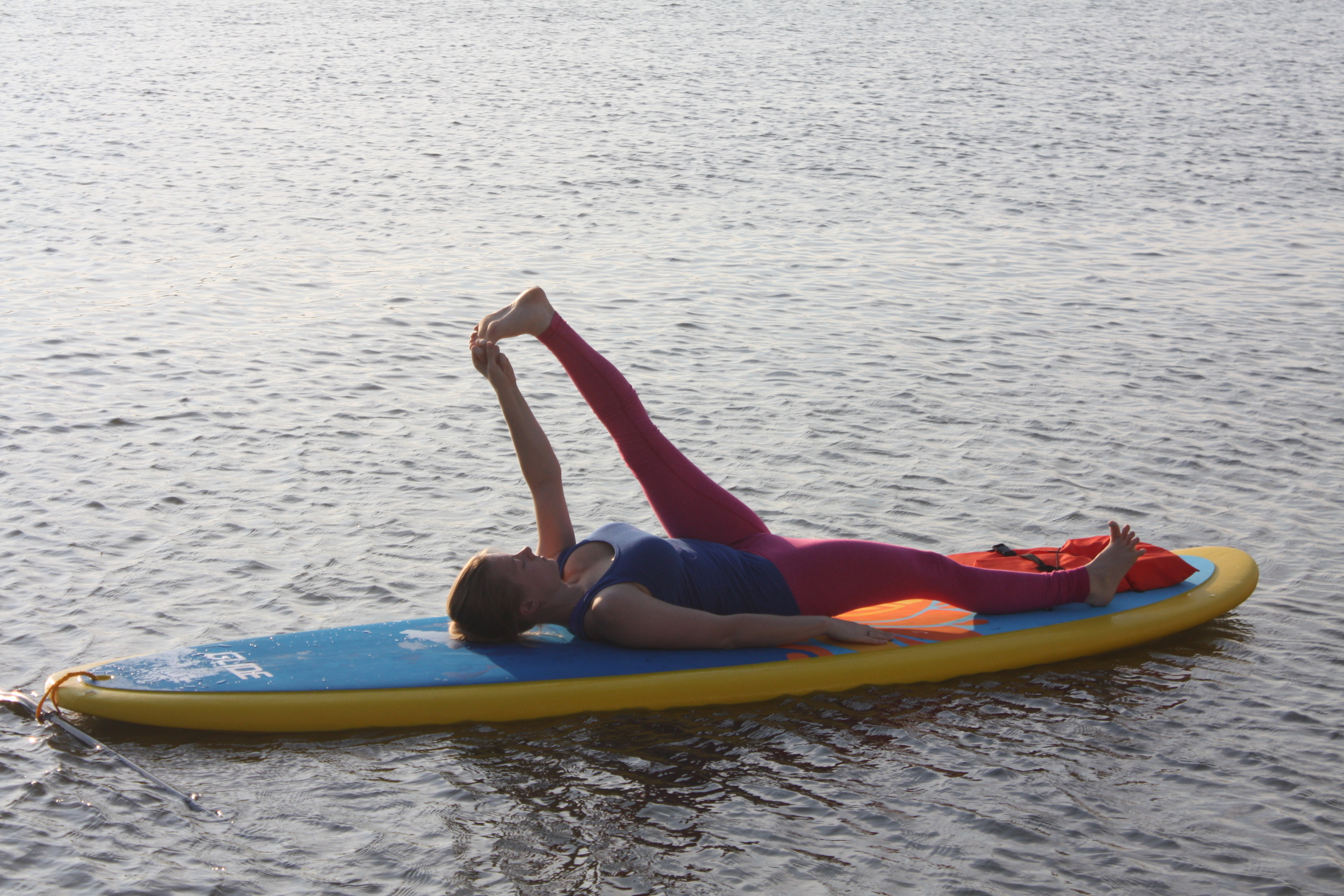 Supta Hasta Padangusthasana (Reclining Hand-to-big-toe-pose)